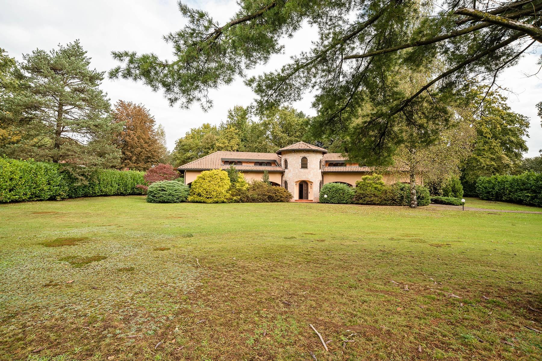 Villa in Vendita a Guanzate: 5 locali, 800 mq - Foto 5