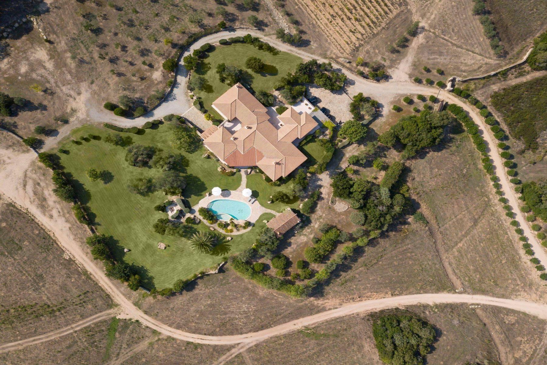 Villa in Vendita a Arzachena: 5 locali, 600 mq - Foto 12