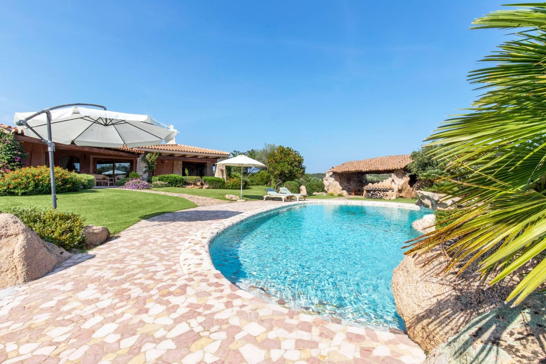 Villa in Vendita a Arzachena: 5 locali, 600 mq - Foto 17