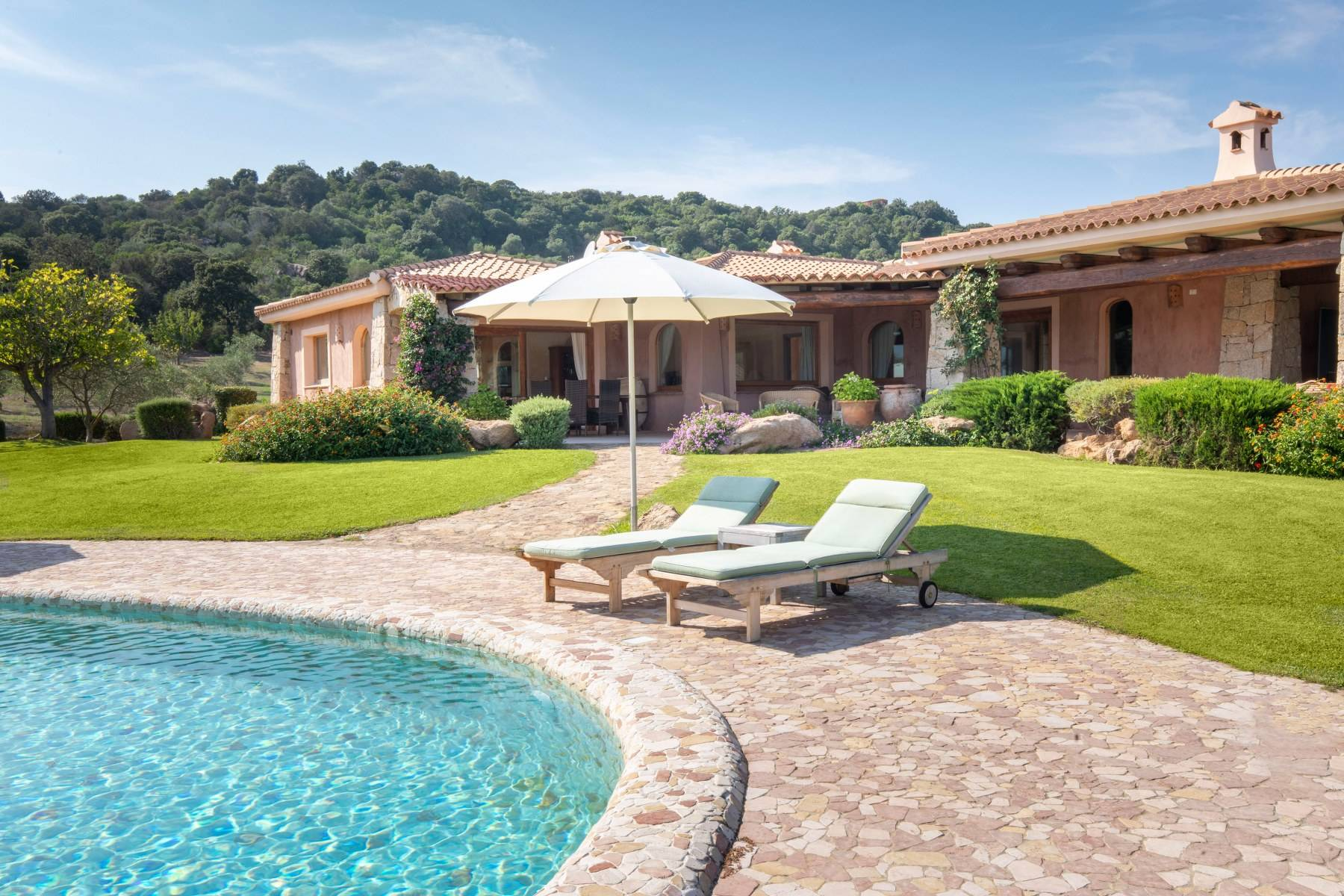 Villa in Vendita a Arzachena: 5 locali, 600 mq - Foto 19
