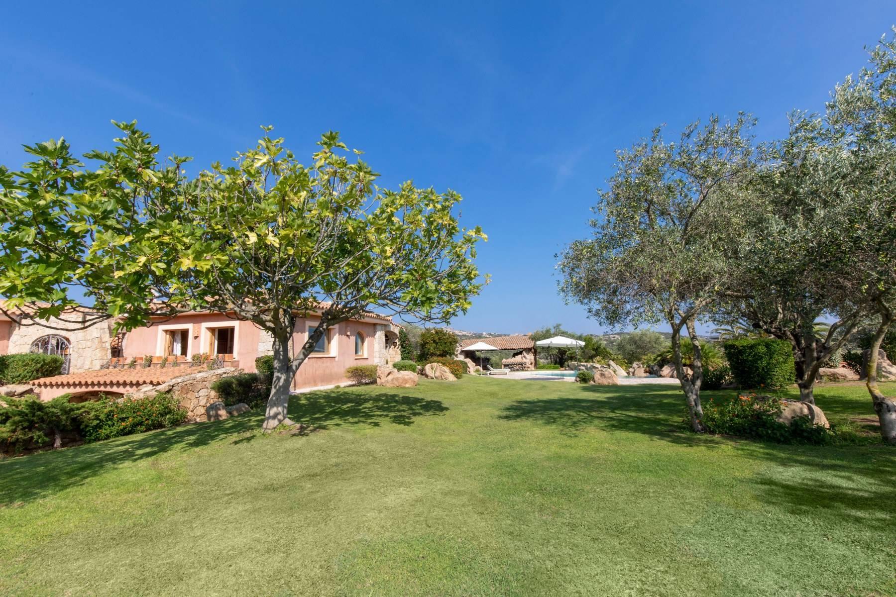 Villa in Vendita a Arzachena: 5 locali, 600 mq - Foto 16