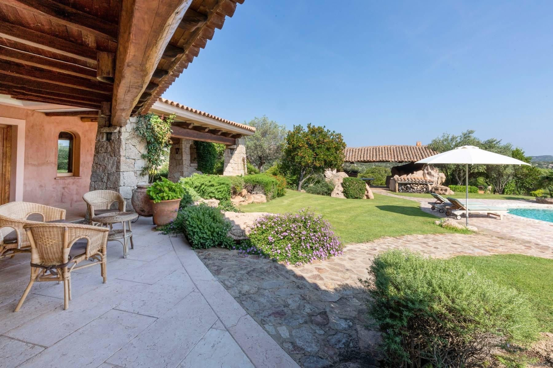 Villa in Vendita a Arzachena: 5 locali, 600 mq - Foto 4