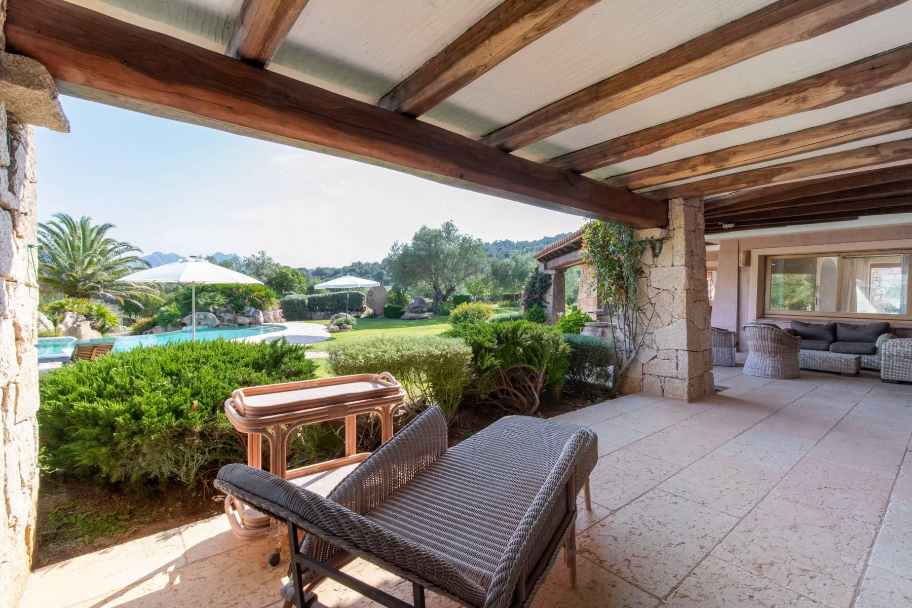 Villa in Vendita a Arzachena: 5 locali, 600 mq - Foto 10