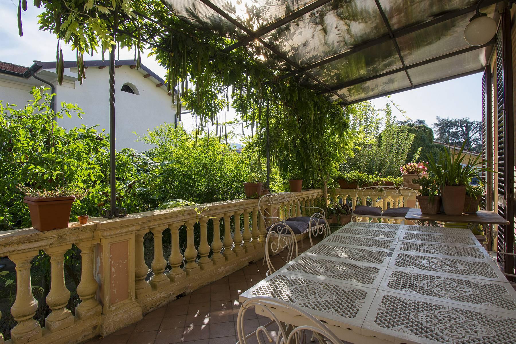 Villa in Vendita a Lucca: 5 locali, 350 mq - Foto 1