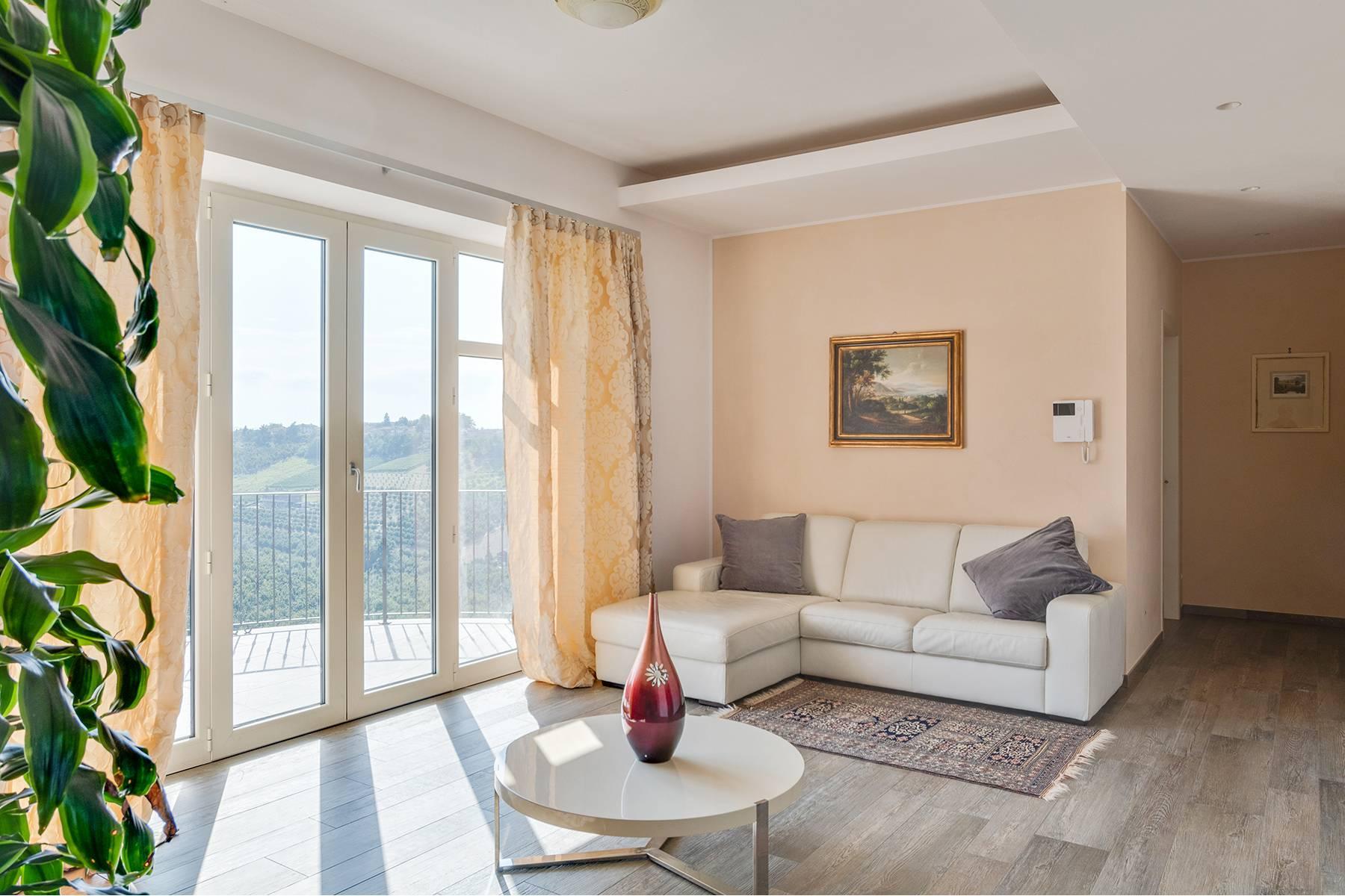 Villa in Vendita a Govone: 5 locali, 430 mq - Foto 5