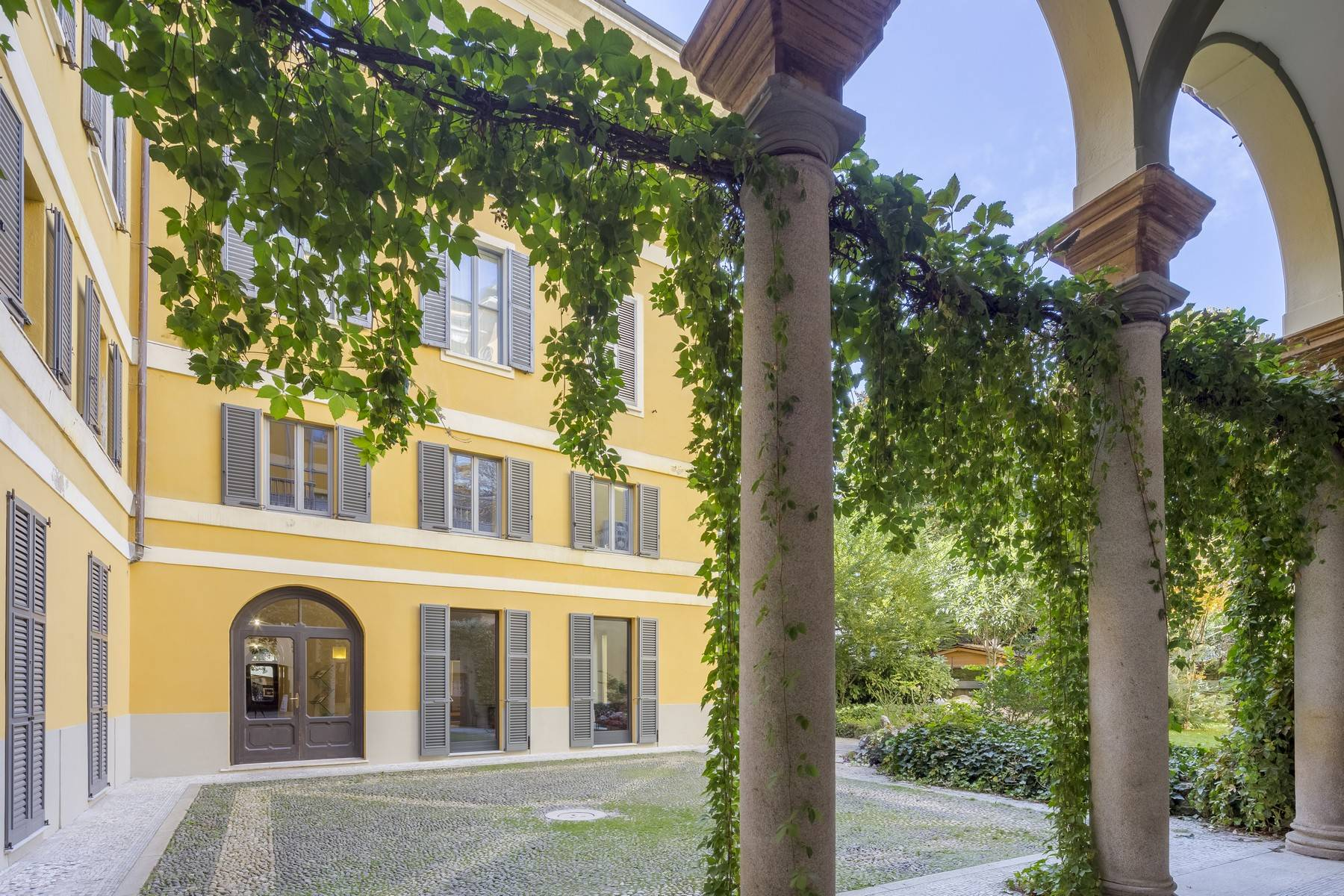 Negozio-locale in Affitto a Milano: 2 locali, 100 mq - Foto 6