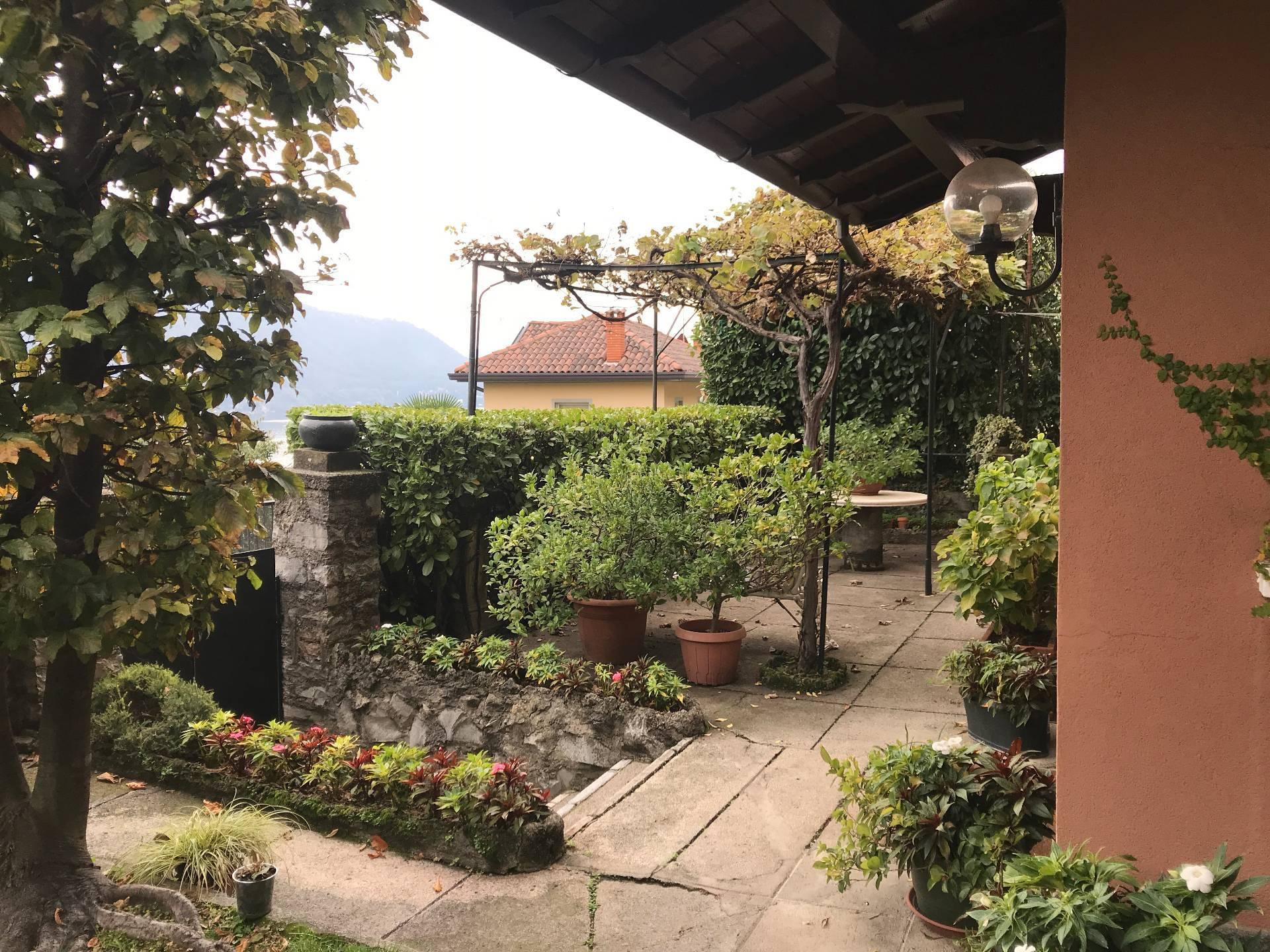 Villa in Vendita a Moltrasio: 5 locali, 230 mq - Foto 8