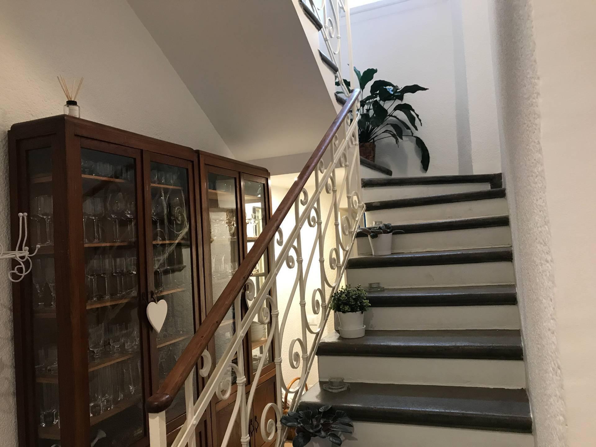 Villa in Vendita a Moltrasio: 5 locali, 230 mq - Foto 5