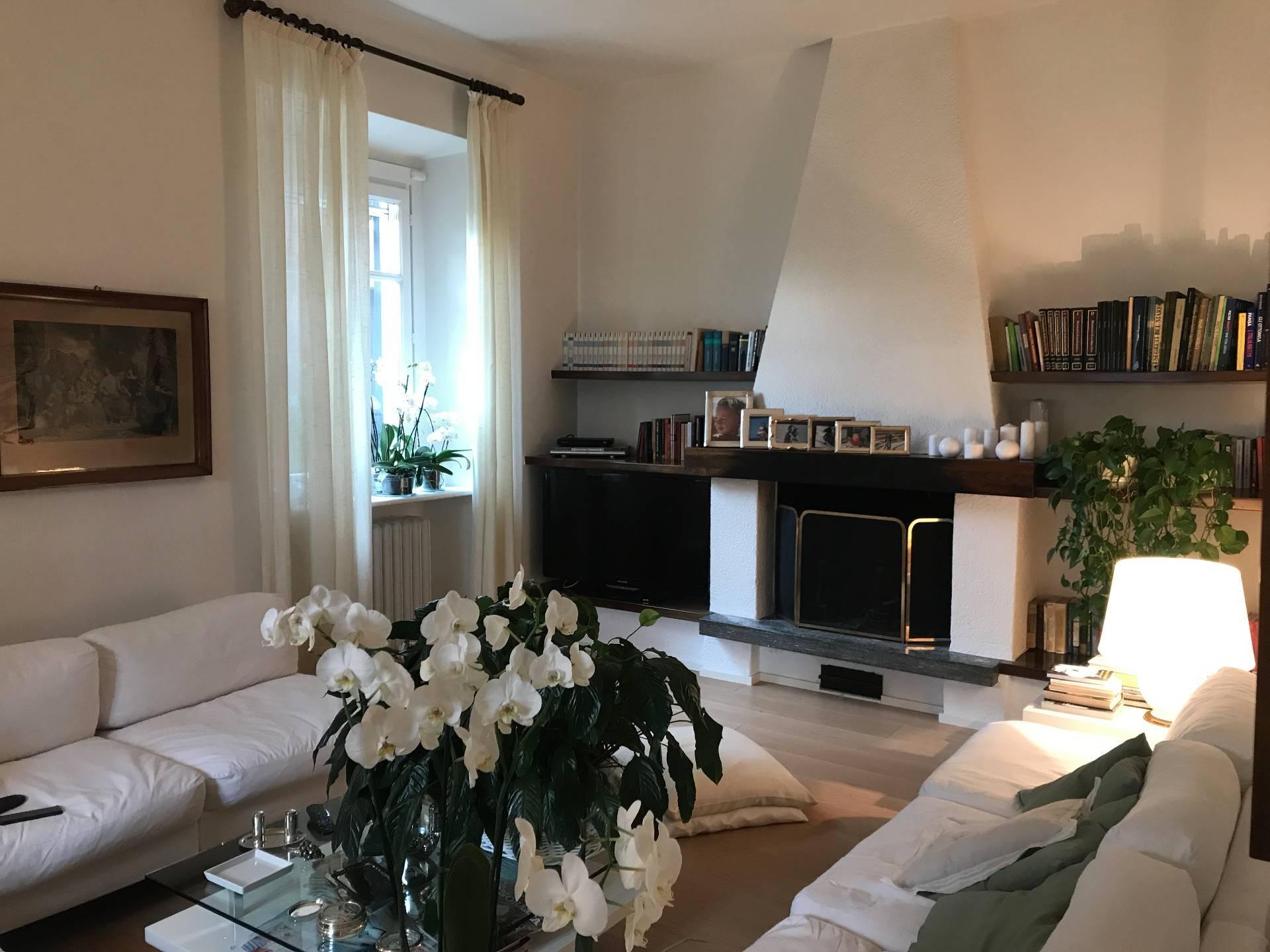 Villa in Vendita a Moltrasio: 5 locali, 230 mq - Foto 4