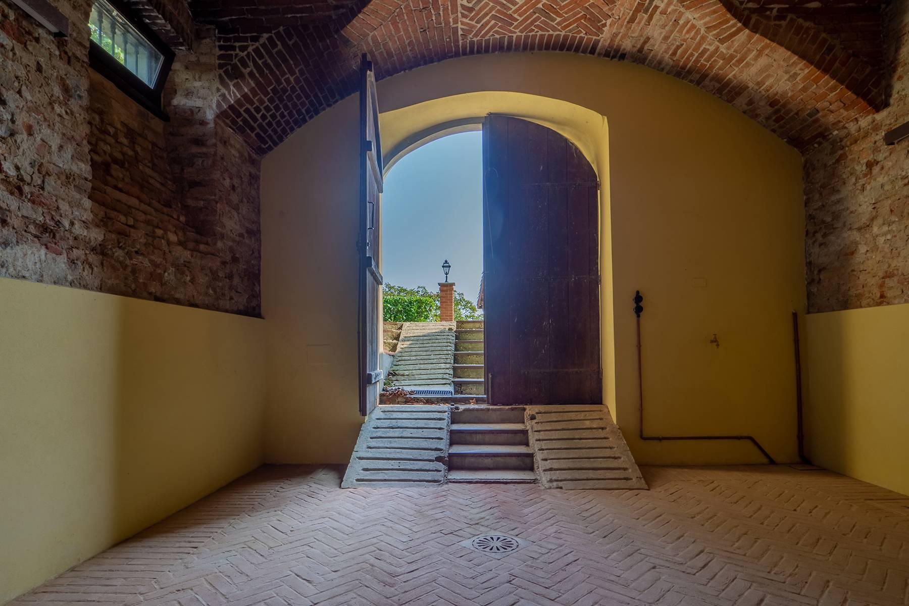 Villa in Vendita a Asti: 5 locali, 1700 mq - Foto 21