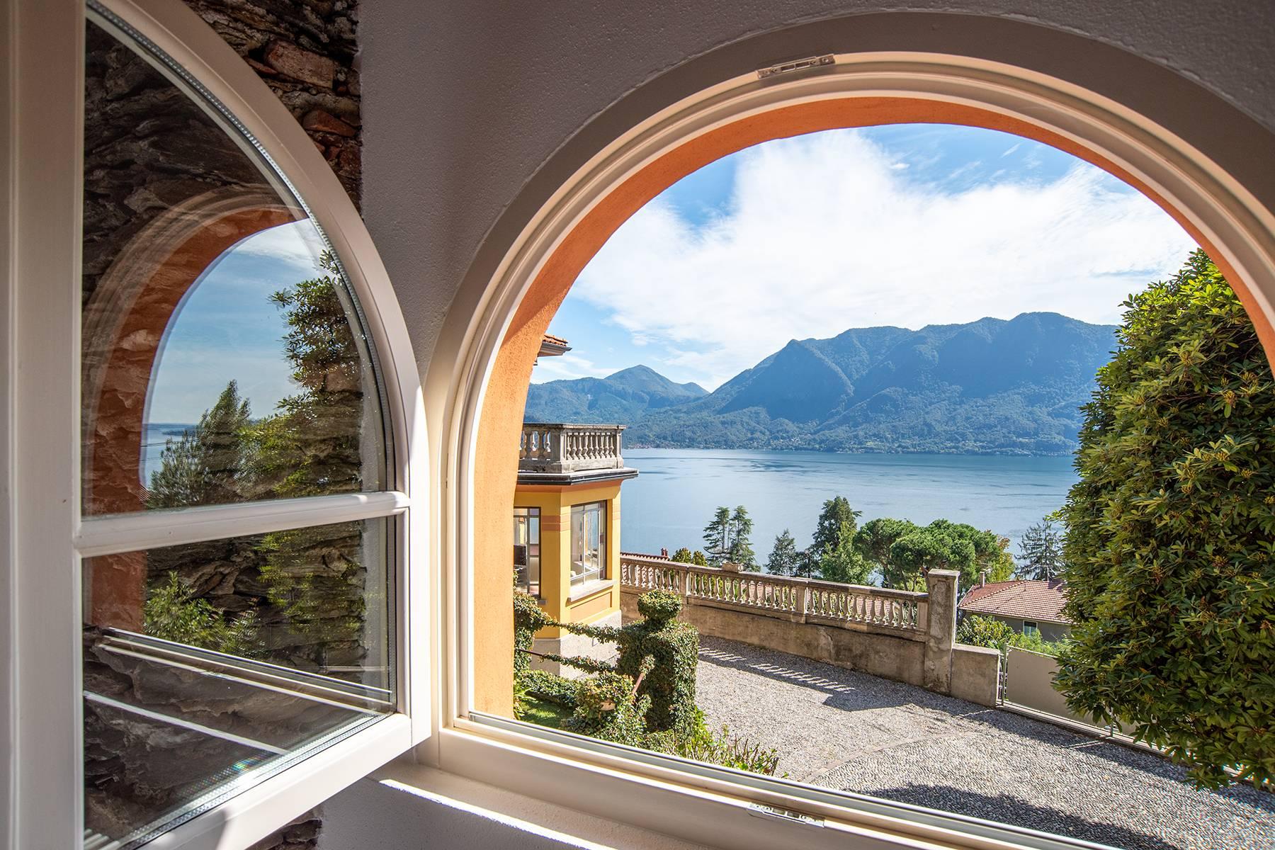 Villa in Vendita a Ghiffa via s. anna