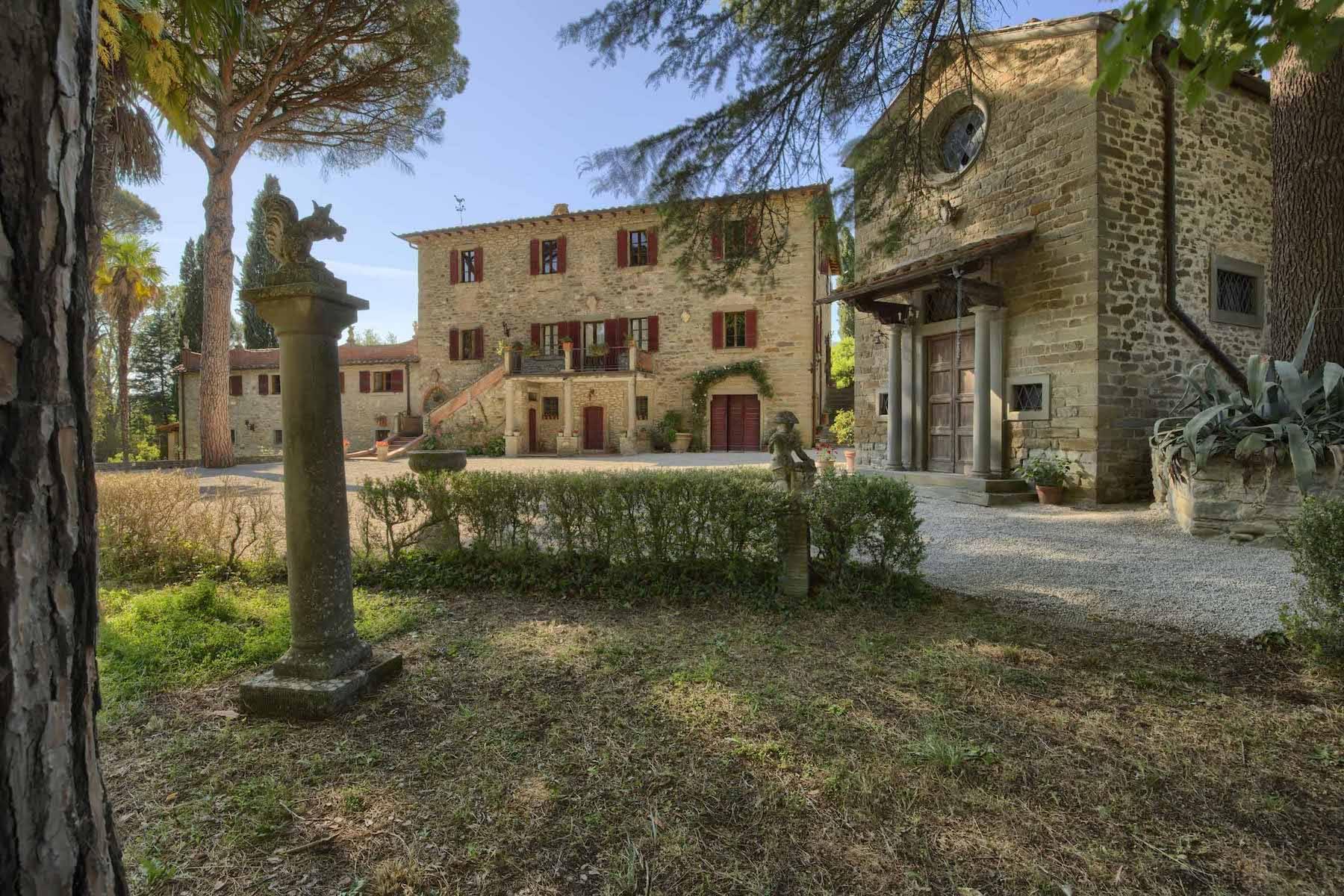Villa in Vendita a Cortona: 5 locali, 985 mq - Foto 3
