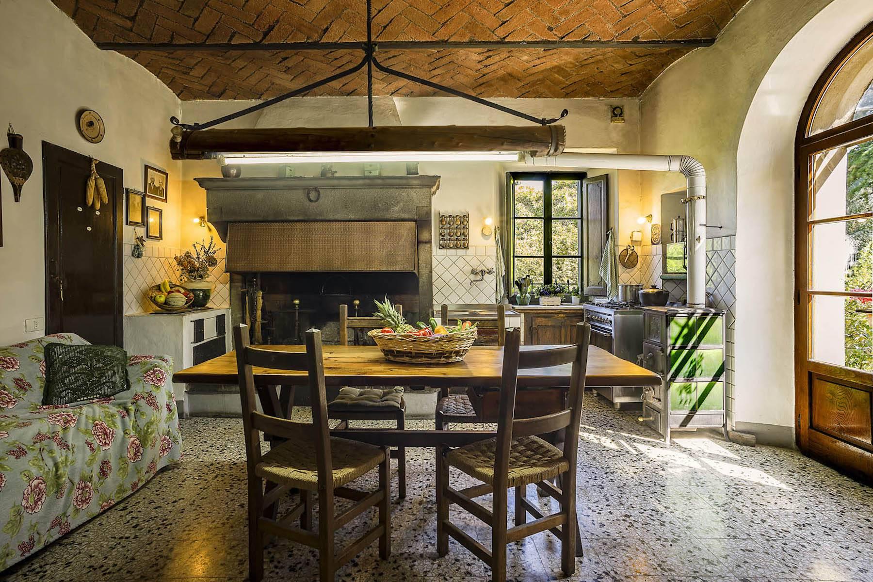 Villa in Vendita a Cortona: 5 locali, 985 mq - Foto 9