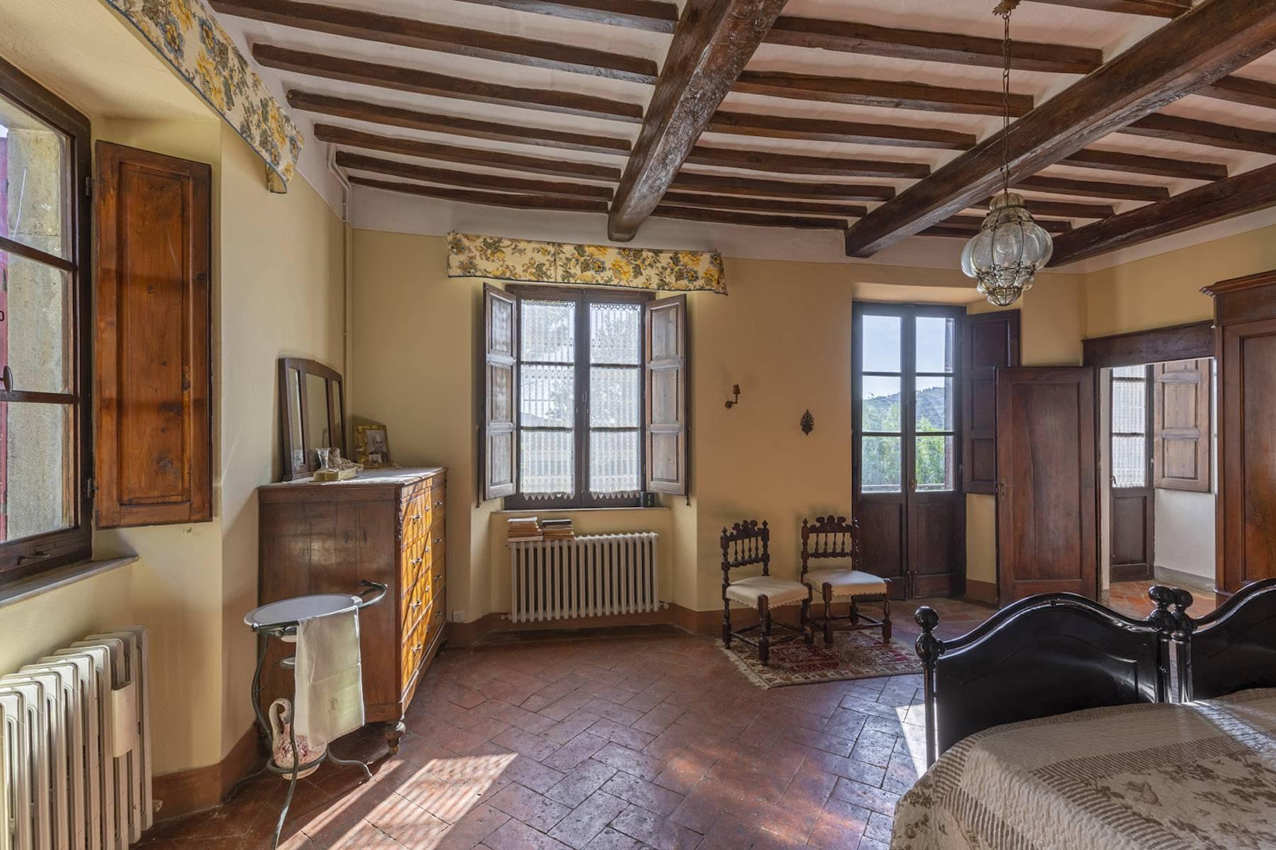 Villa in Vendita a Cortona: 5 locali, 985 mq - Foto 18