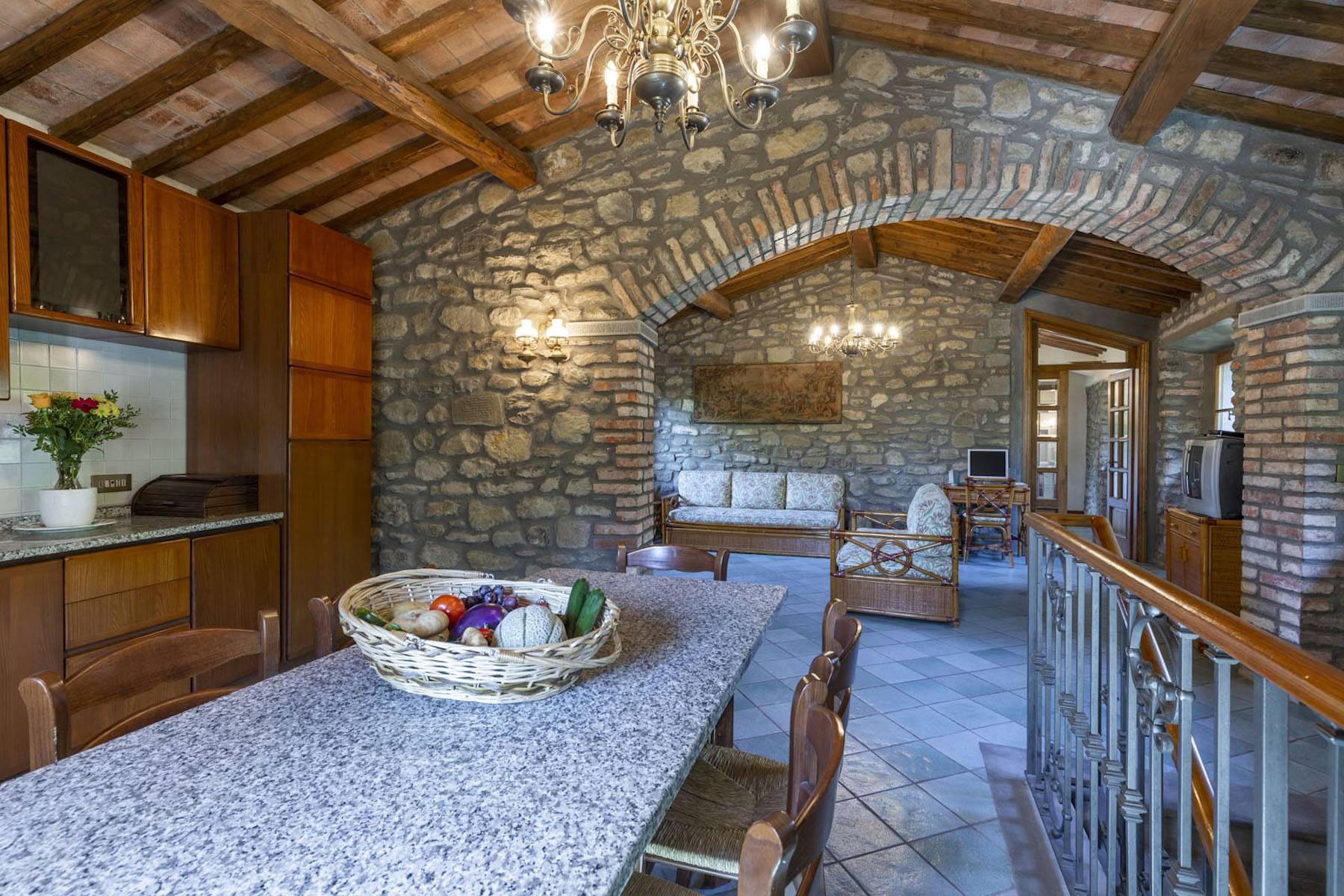 Villa in Vendita a Cortona: 5 locali, 985 mq - Foto 22
