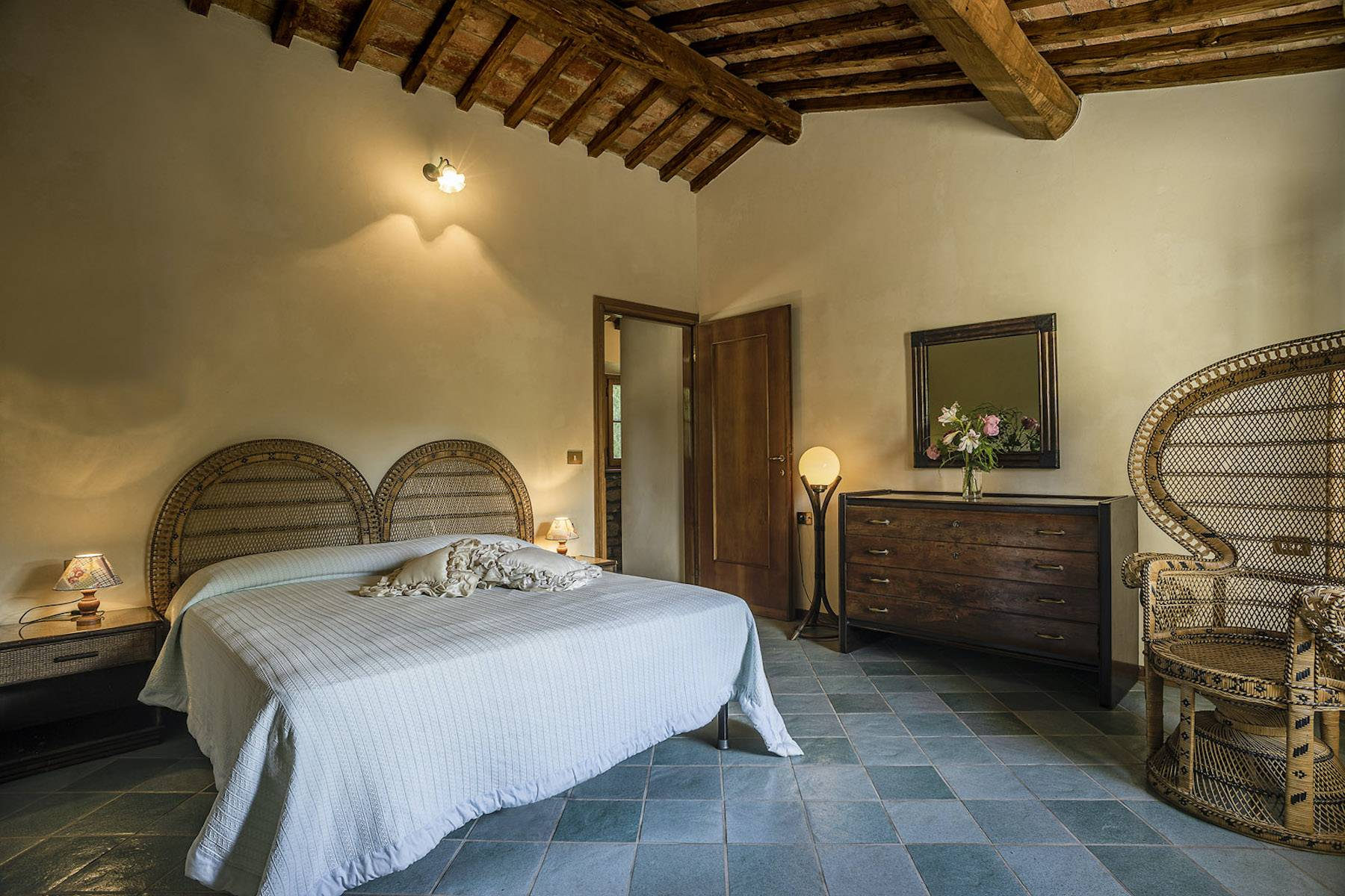 Villa in Vendita a Cortona: 5 locali, 985 mq - Foto 23