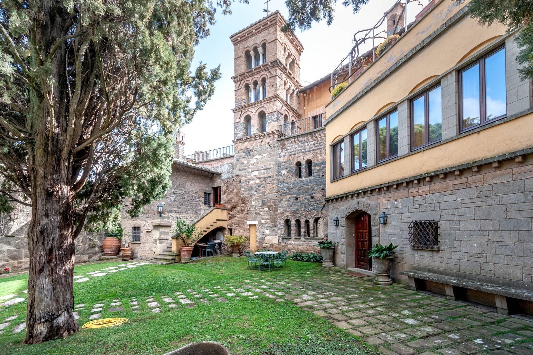 Palazzo in Vendita a Frascati via di salè