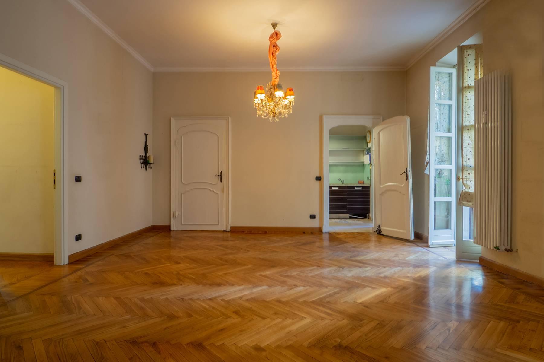 Appartamento in Vendita a Torino Centro: 4 locali, 115 mq