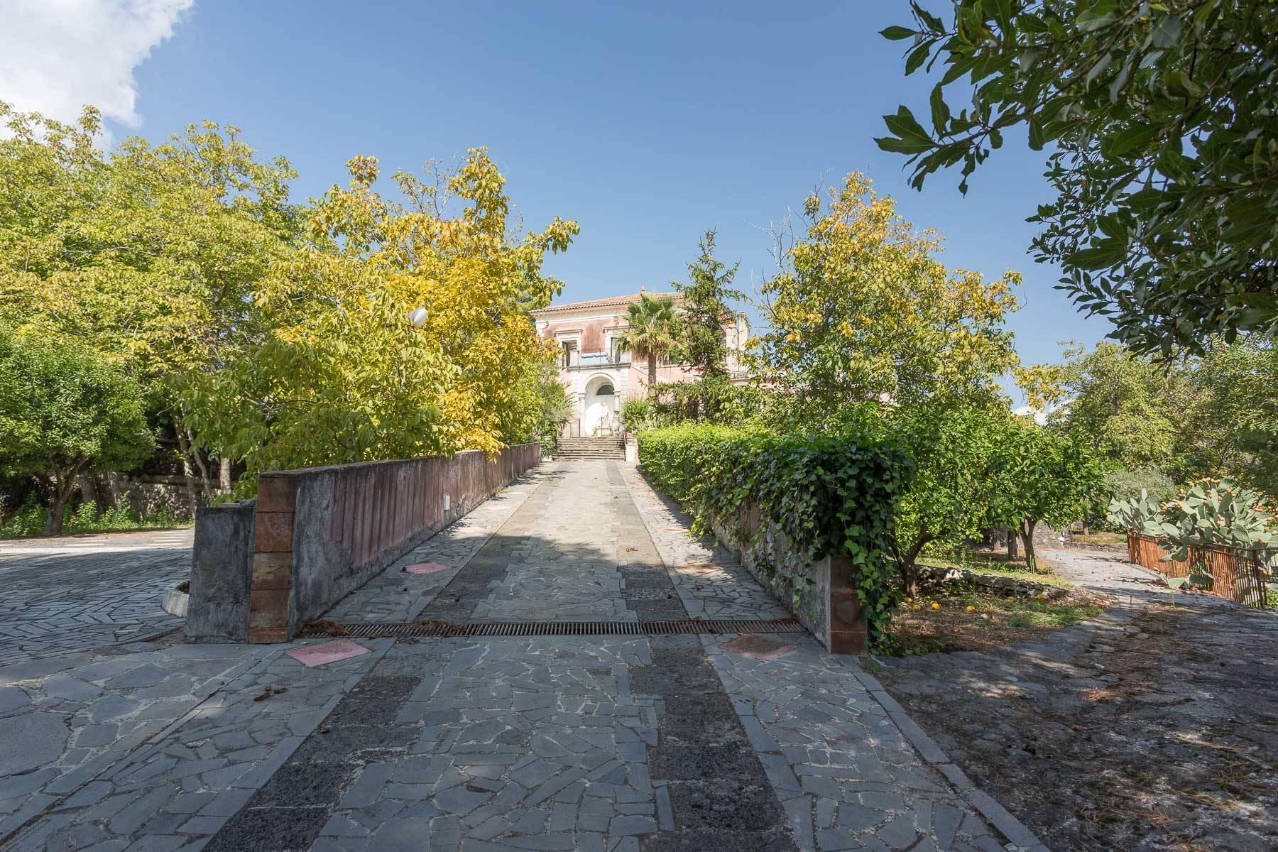 Villa in Vendita a Piedimonte Etneo: 5 locali, 1170 mq - Foto 2