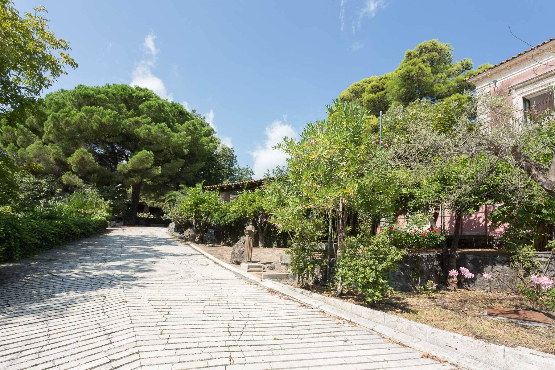 Villa in Vendita a Piedimonte Etneo: 5 locali, 1170 mq - Foto 3