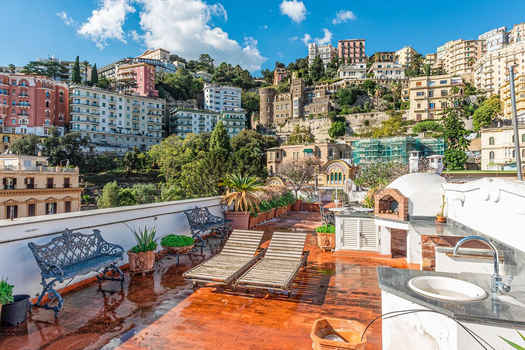 Attico in Vendita a Napoli: 5 locali, 430 mq - Foto 13
