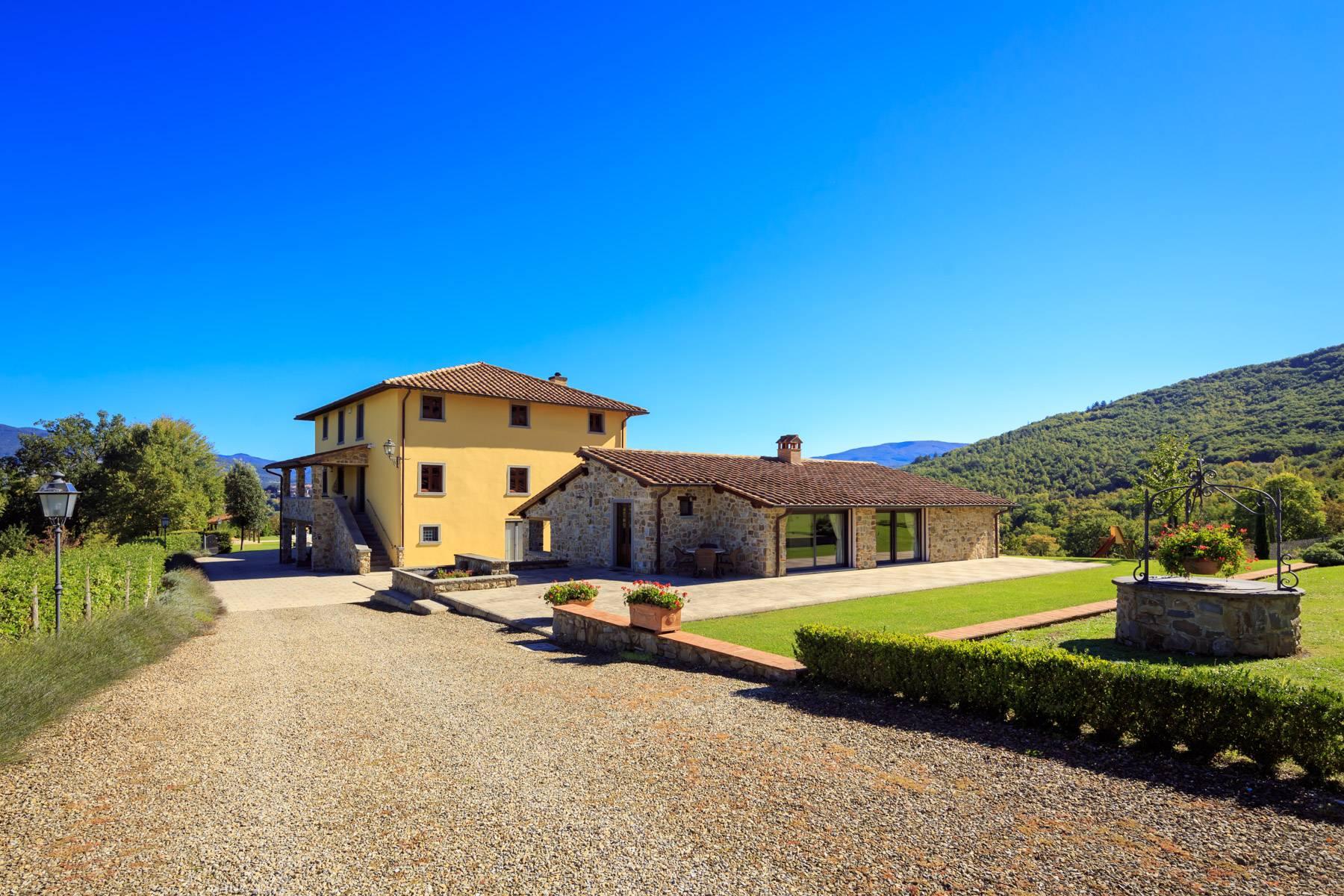 Villa in Vendita a Poppi: 5 locali, 1075 mq - Foto 2