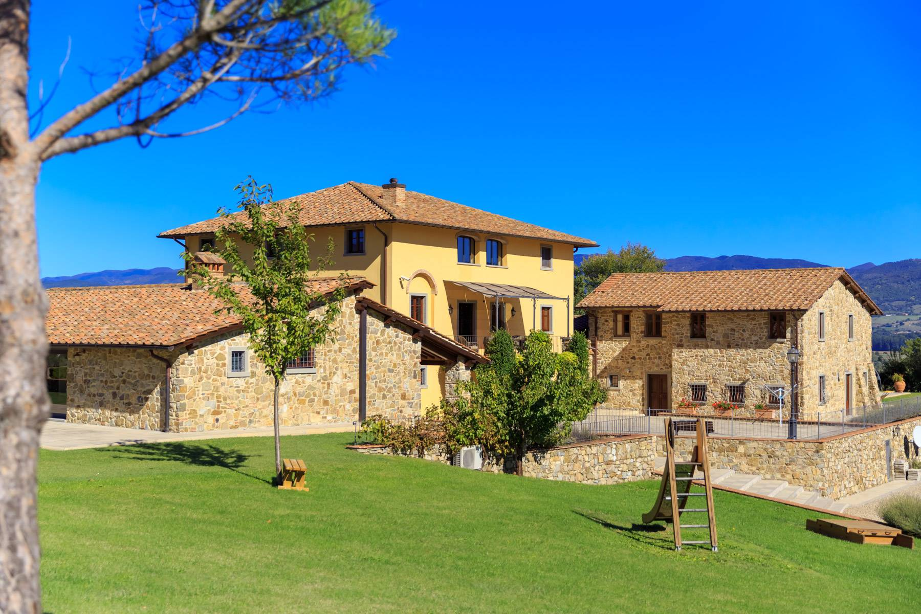 Villa in Vendita a Poppi: 5 locali, 1075 mq - Foto 5