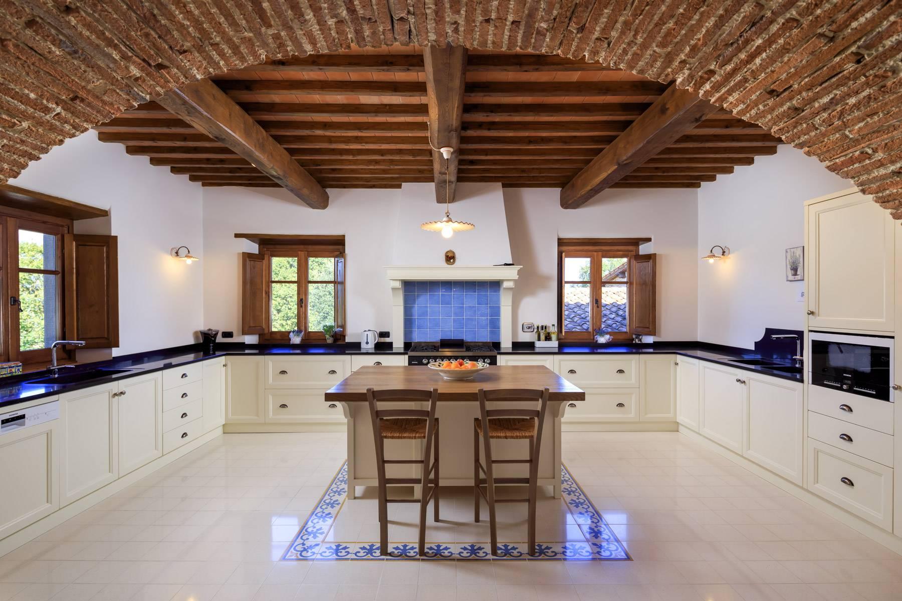 Villa in Vendita a Poppi: 5 locali, 1075 mq - Foto 10