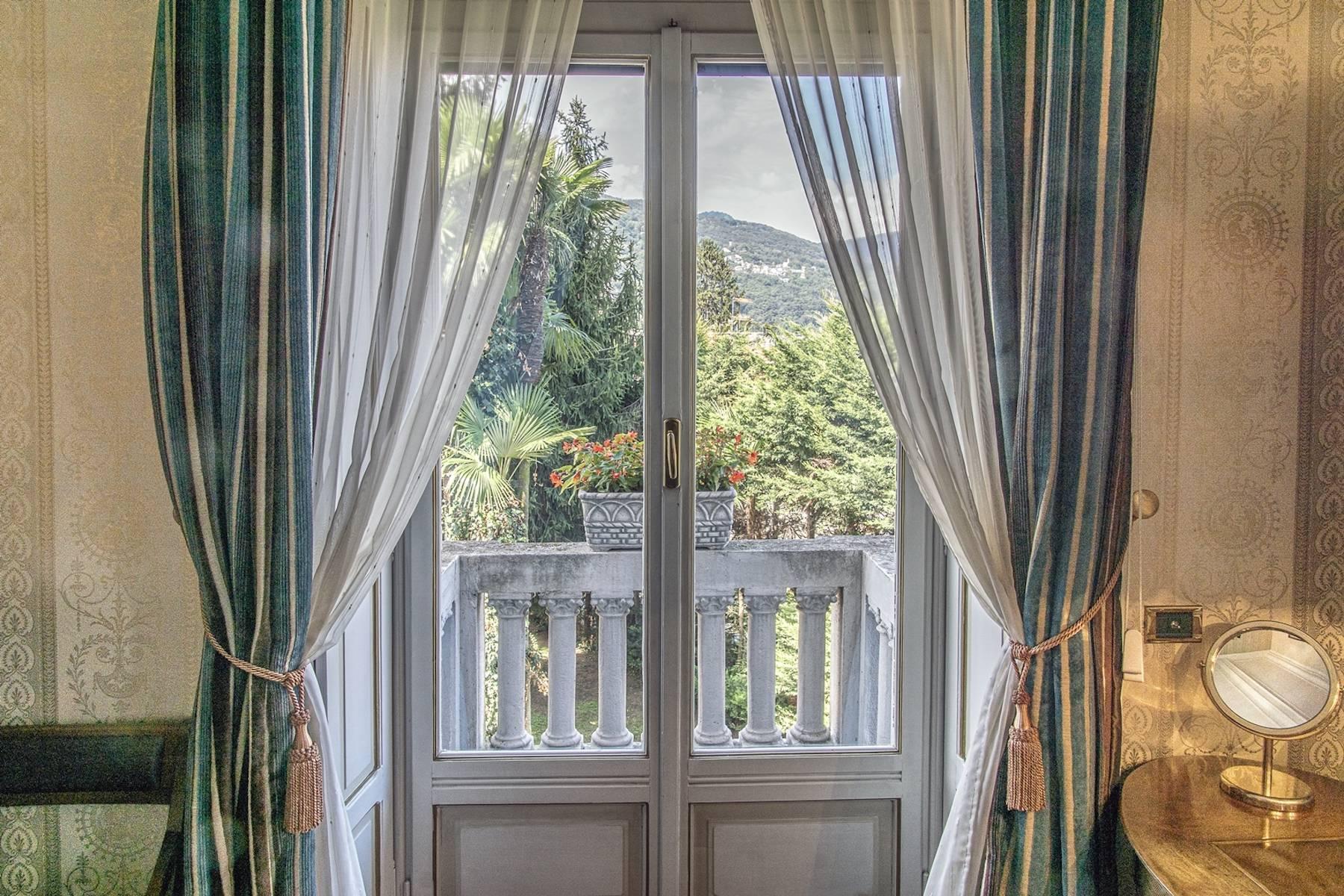 Villa in Vendita a Stresa: 5 locali, 700 mq - Foto 1