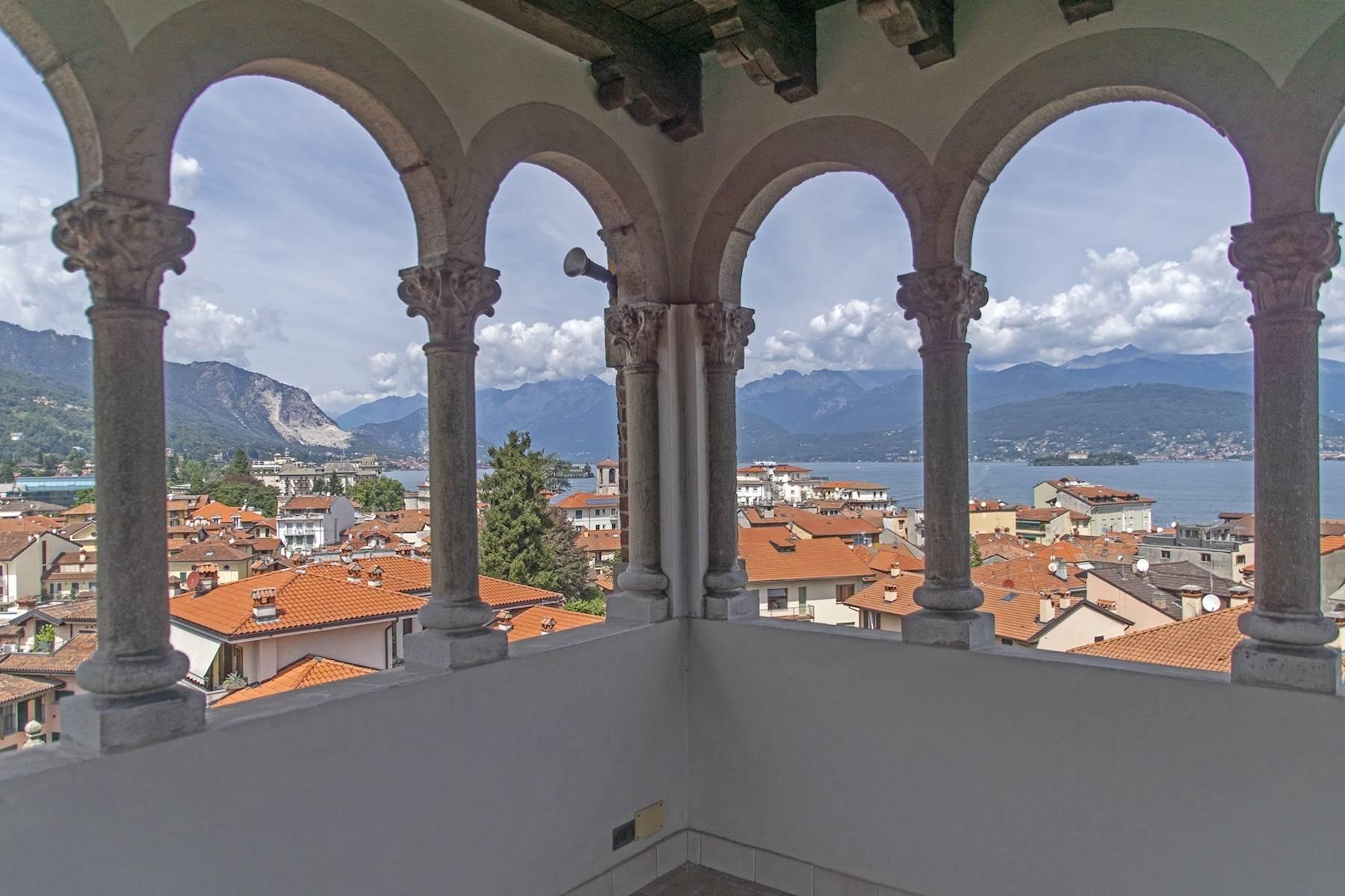 Villa in Vendita a Stresa: 5 locali, 700 mq - Foto 2