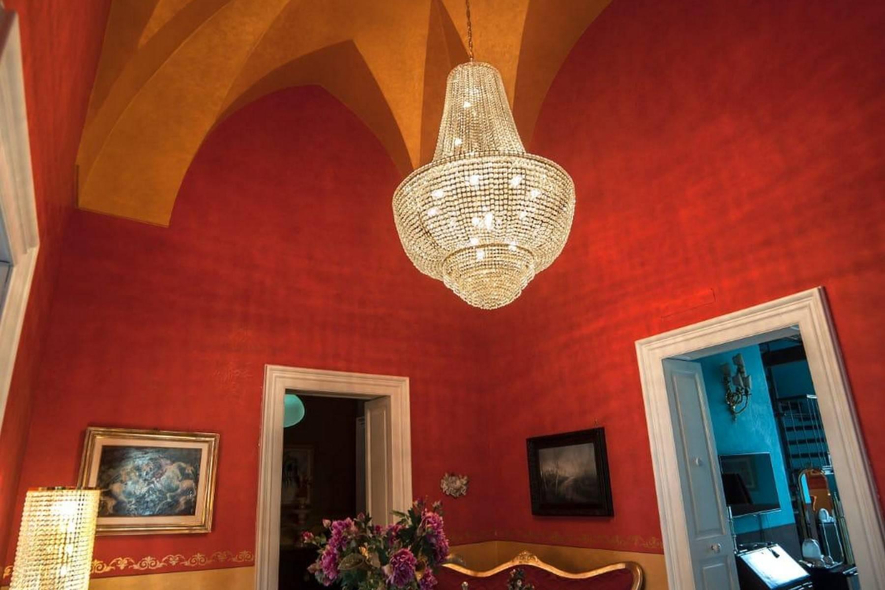Palazzo in Vendita a Galatina: 5 locali, 400 mq - Foto 7