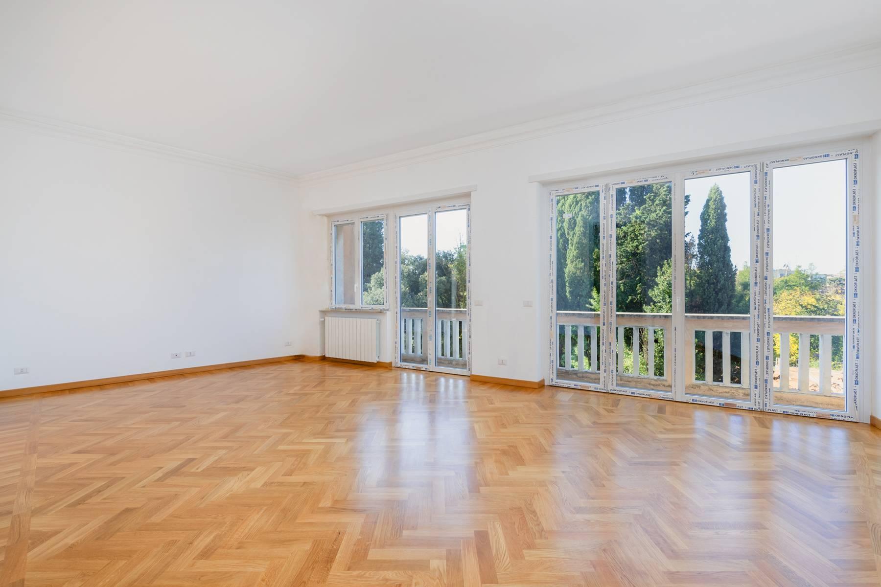 Appartamento in Affitto a Roma 02 Parioli / Pinciano / Flaminio: 5 locali, 160 mq