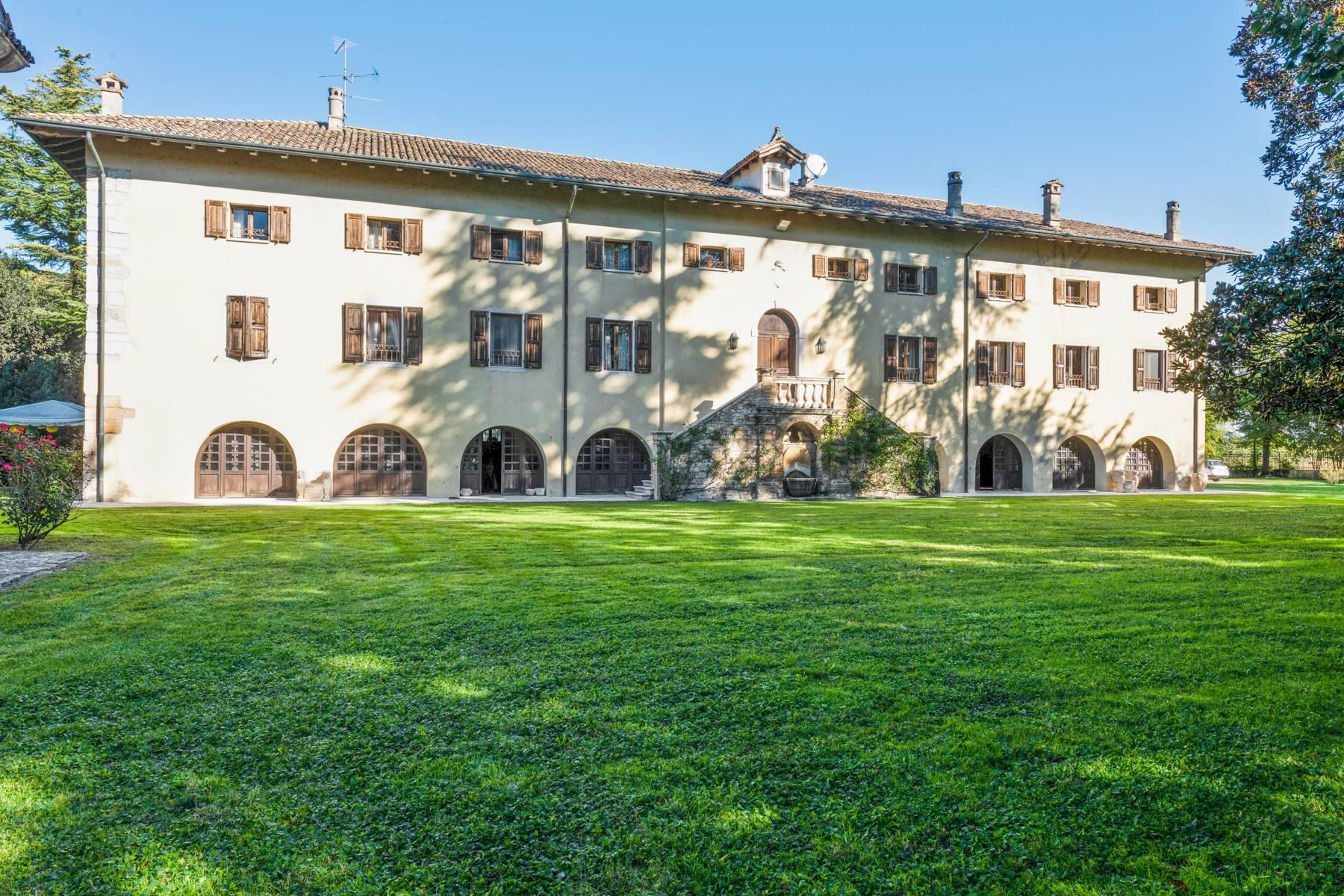 Villa in Vendita a Cervignano Del Friuli: 5 locali, 1500 mq - Foto 1