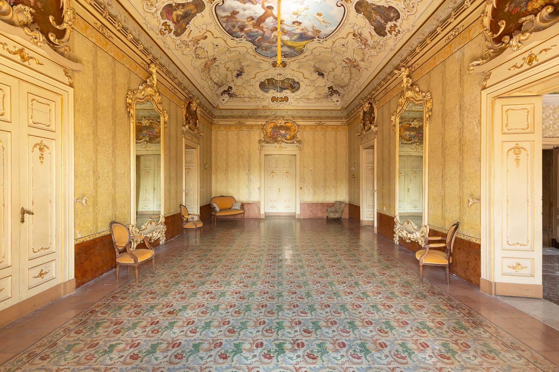 Palazzo in Vendita a Palazzolo Acreide: 5 locali, 800 mq - Foto 3