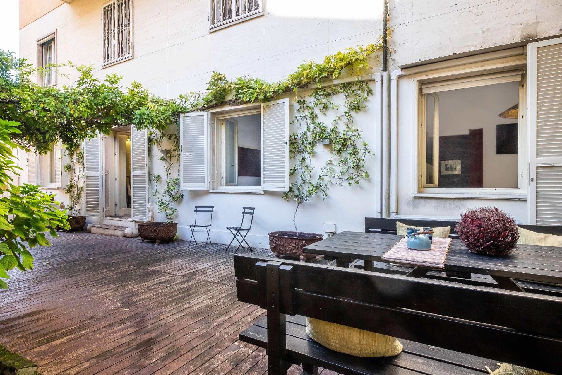Appartamento in Vendita a Roma via felice nerini