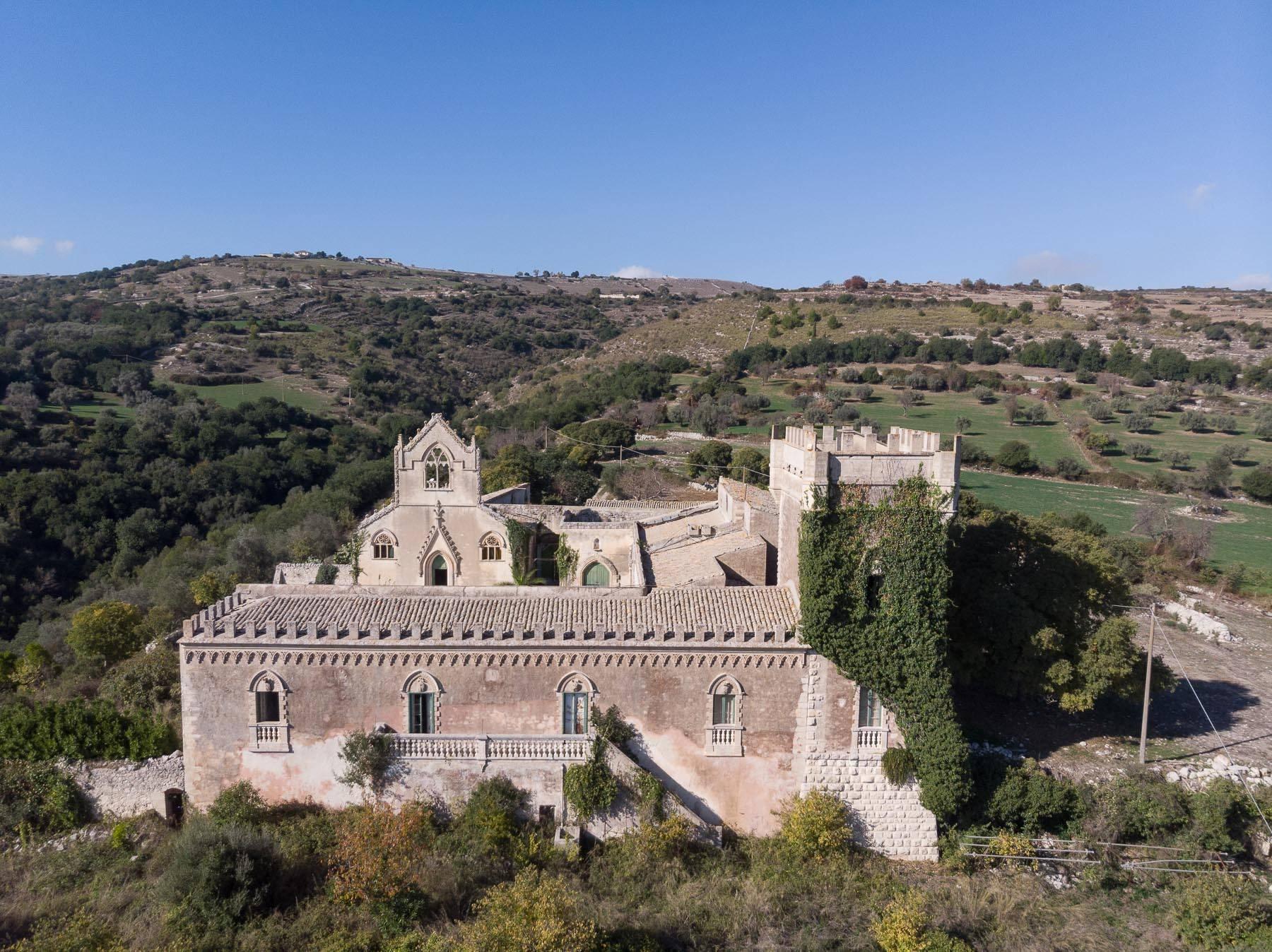Villa in Vendita a Ragusa: 5 locali, 1500 mq - Foto 1
