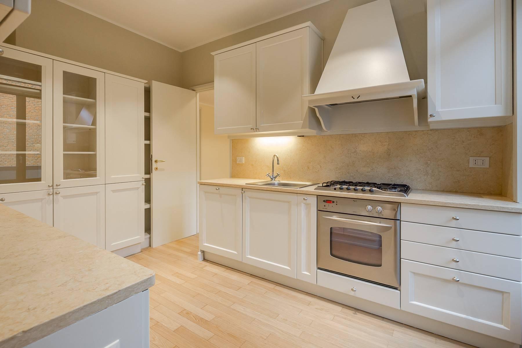 Appartamento in Affitto a Milano: 5 locali, 226 mq - Foto 7