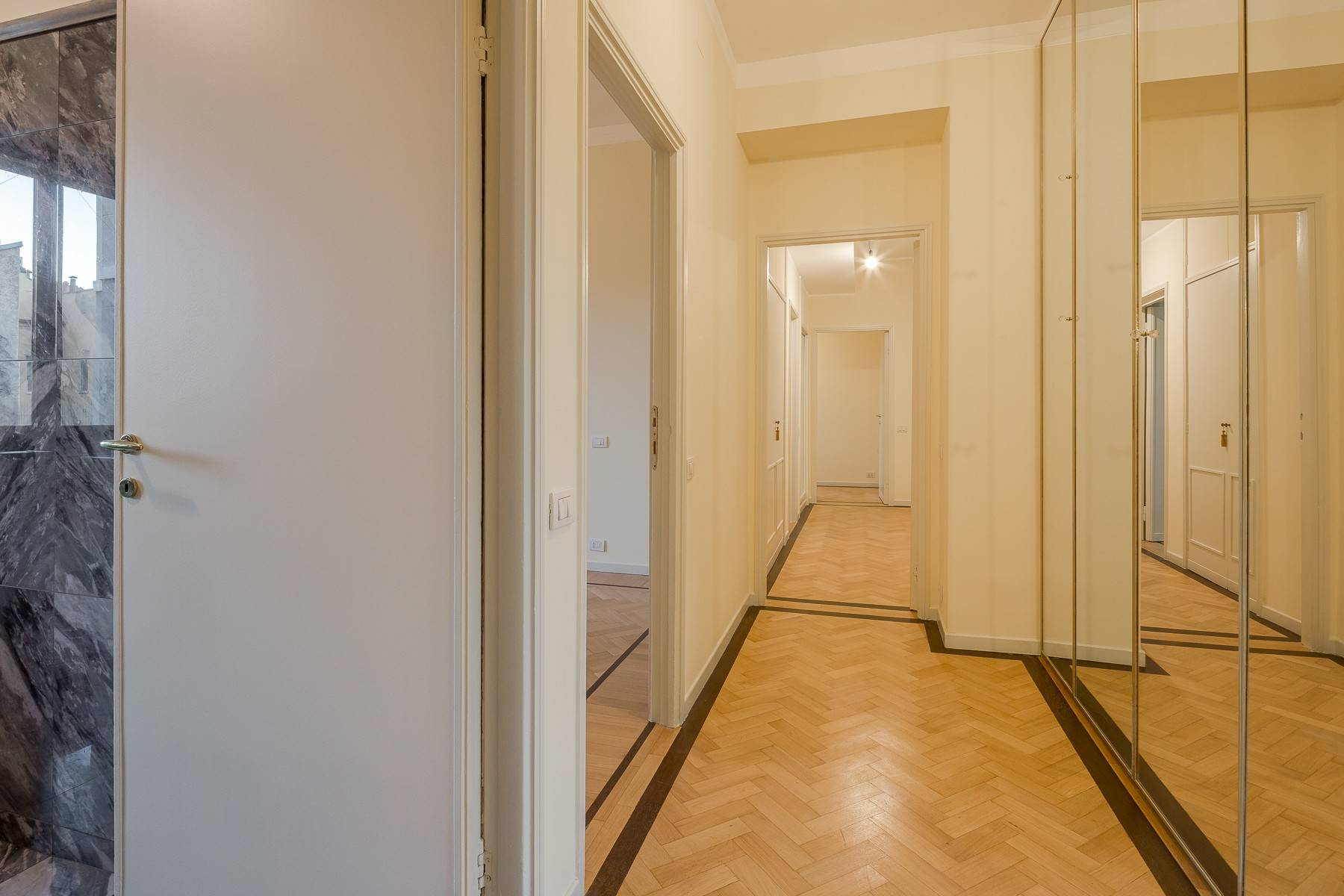 Appartamento in Affitto a Milano: 5 locali, 226 mq - Foto 17