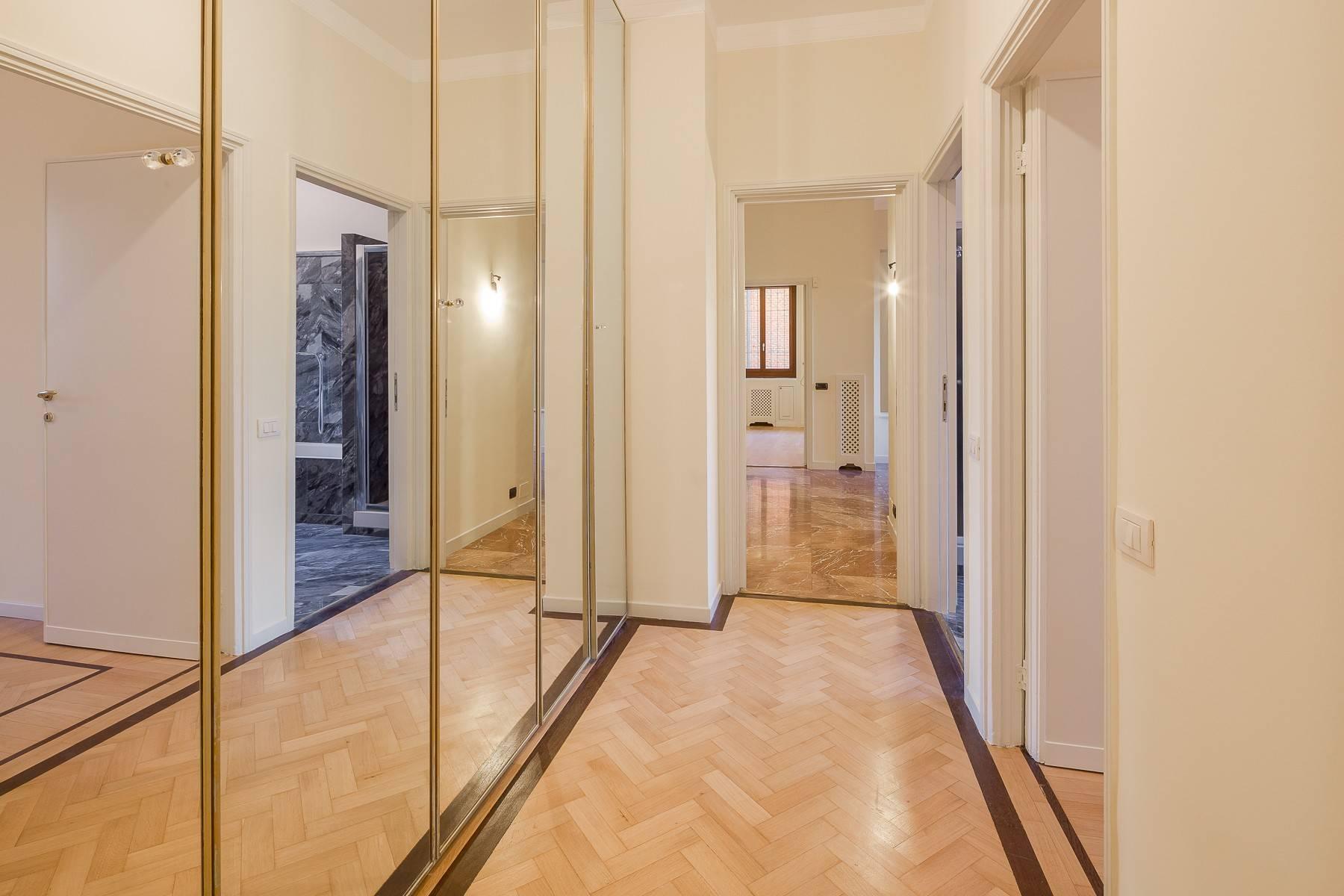 Appartamento in Affitto a Milano: 5 locali, 226 mq - Foto 11