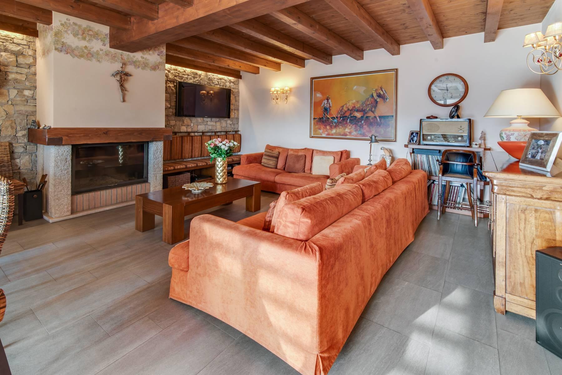 Villa in Vendita a Nembro: 5 locali, 530 mq - Foto 4