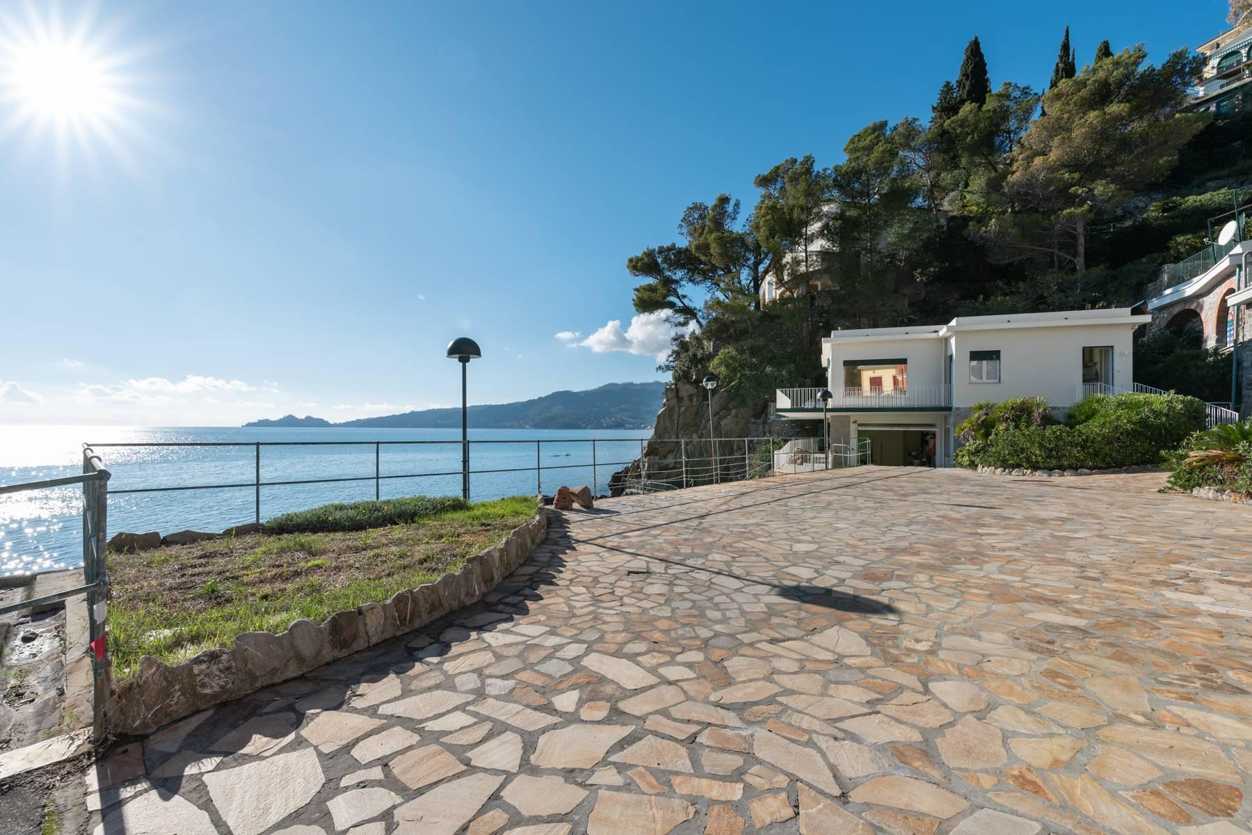 Casa indipendente in Vendita a Zoagli: 5 locali, 300 mq
