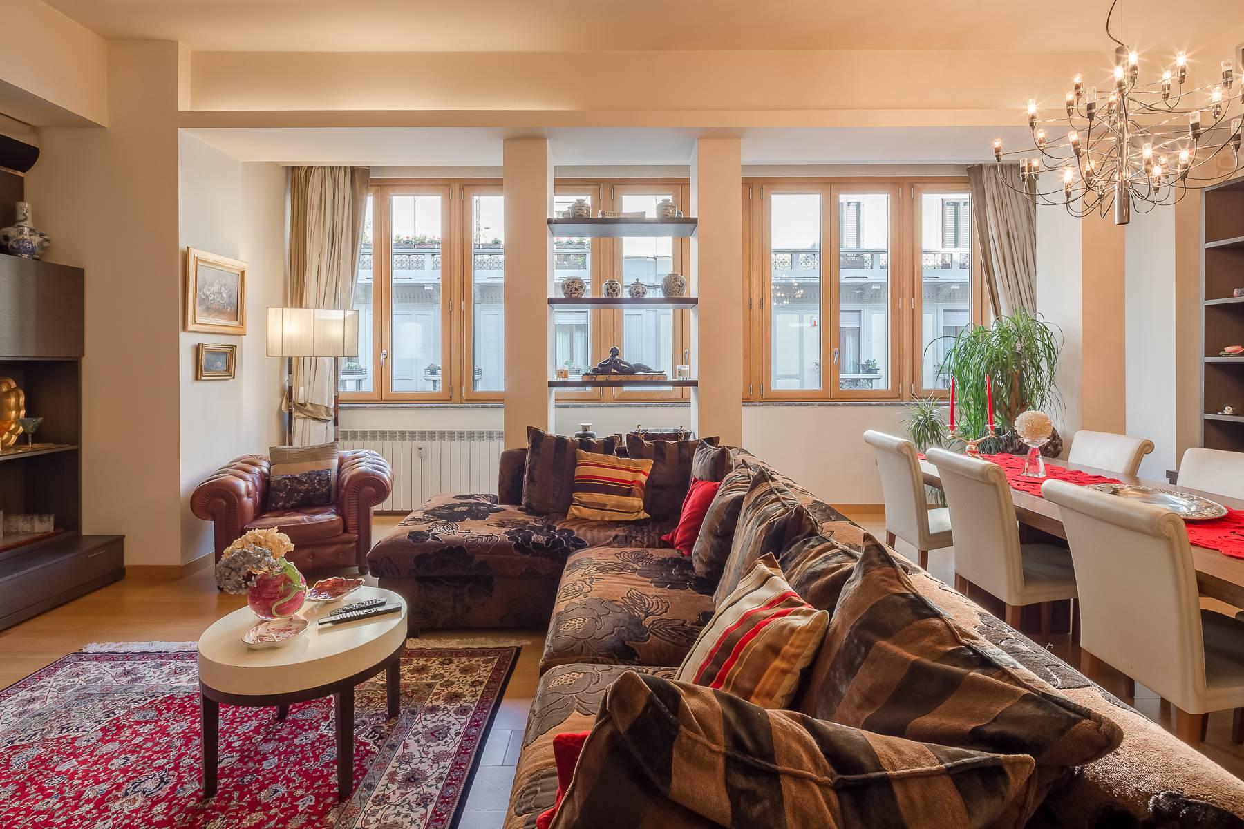 Appartamento in Vendita a Milano: 5 locali, 240 mq - Foto 2