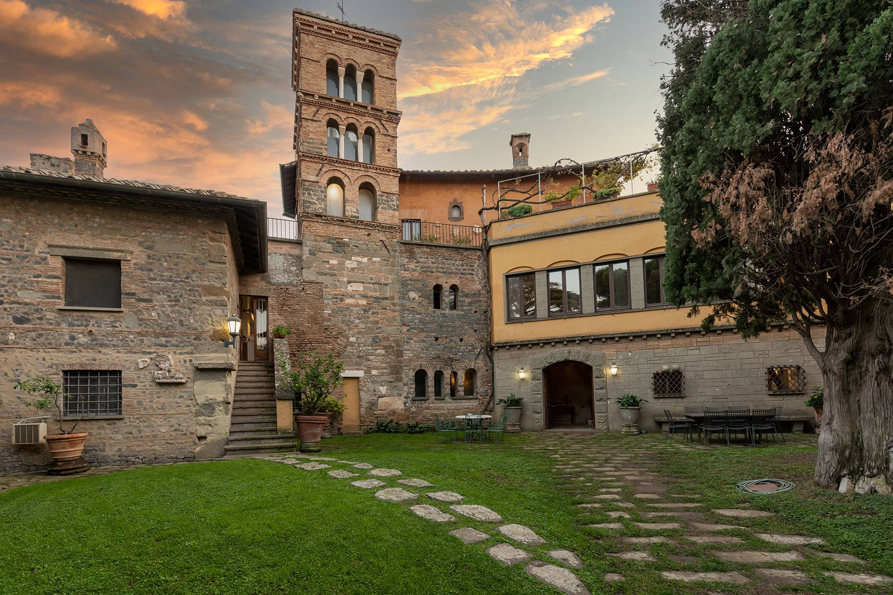 Palazzo in Vendita a Frascati: 5 locali, 900 mq - Foto 3
