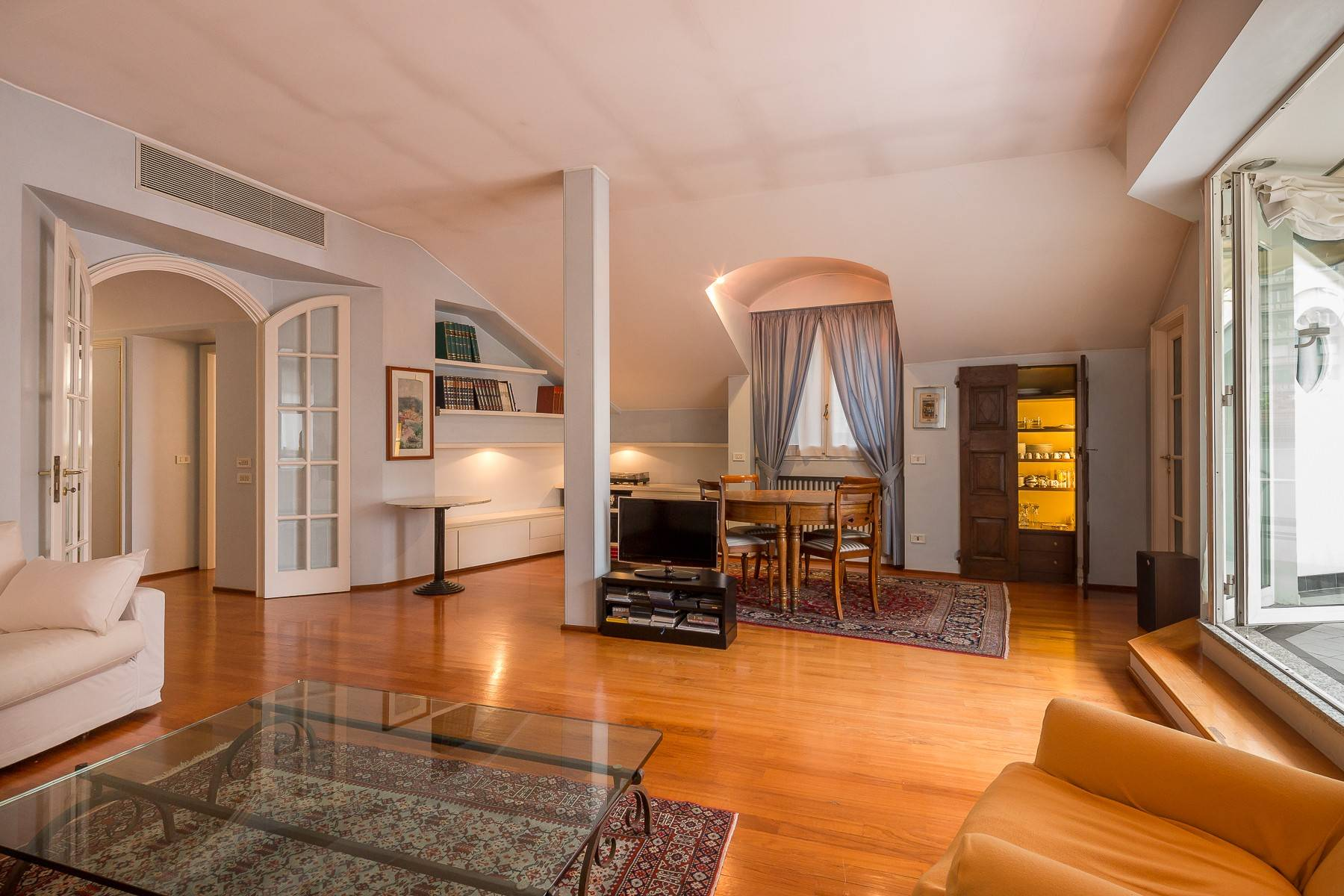 Appartamento in Affitto a Milano: 4 locali, 200 mq - Foto 5