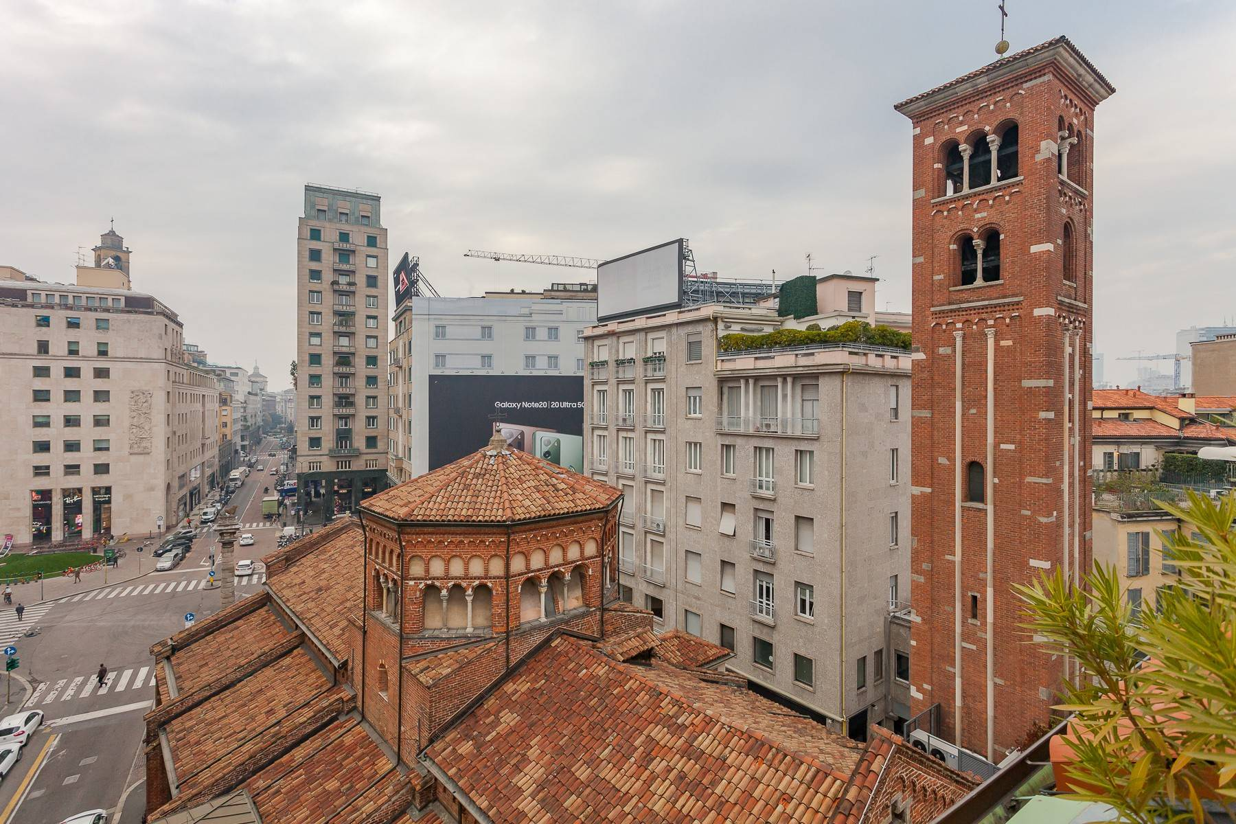 Appartamento in Affitto a Milano: 4 locali, 200 mq - Foto 13