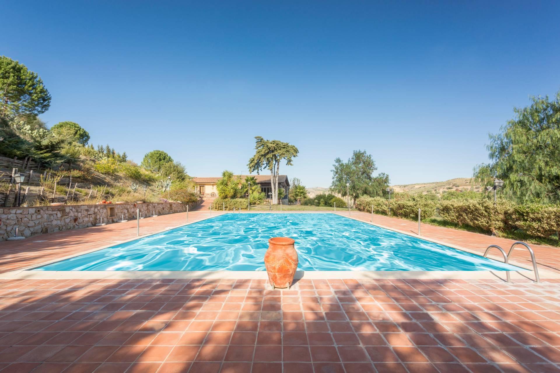 Villa in Vendita a Piazza Armerina: 5 locali, 550 mq - Foto 8