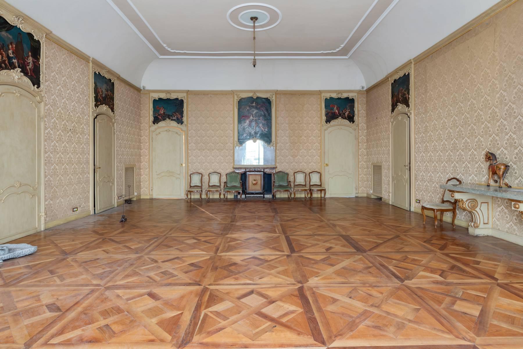 Appartamento in Vendita a Torino: 5 locali, 950 mq - Foto 3