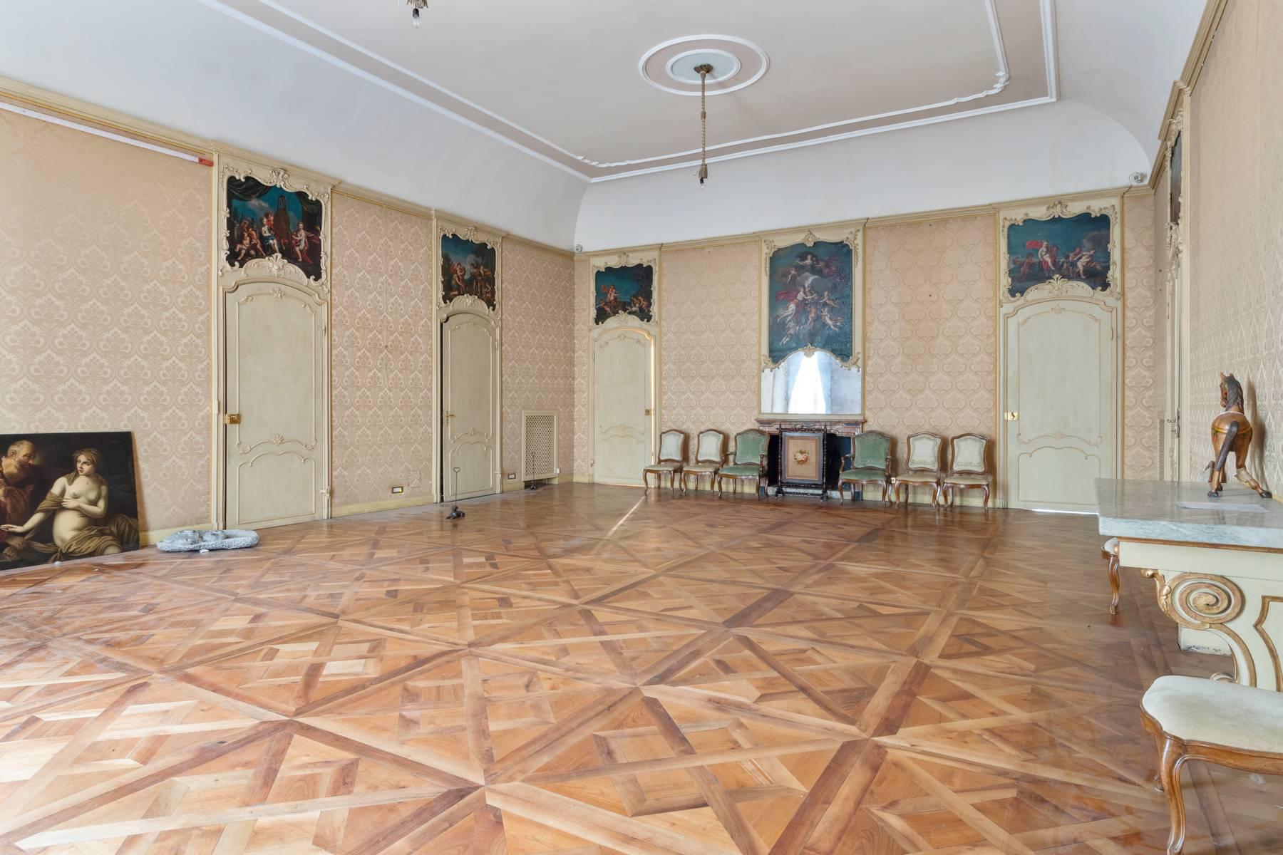 Appartamento in Vendita a Torino: 5 locali, 950 mq - Foto 4