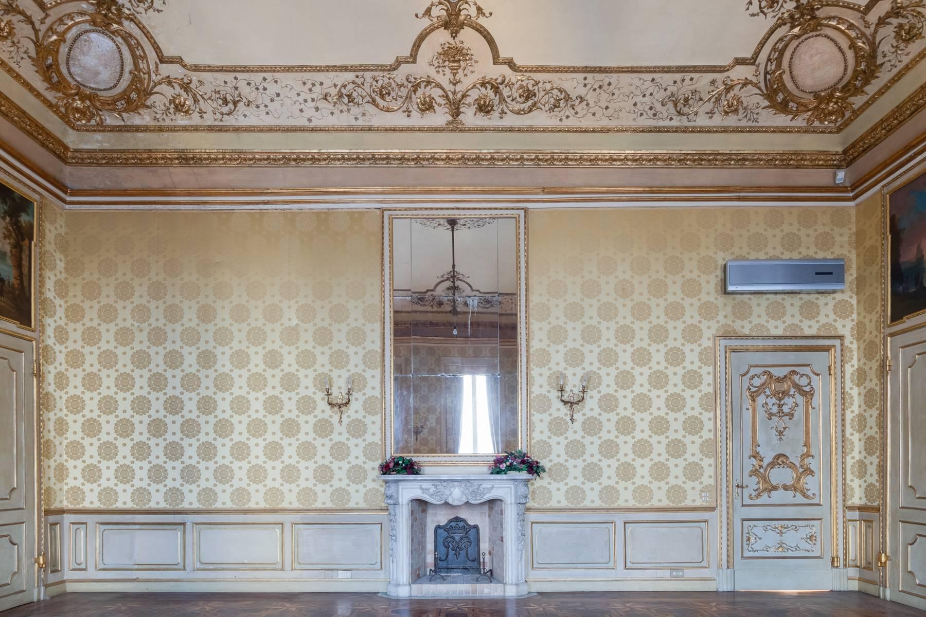 Appartamento in Vendita a Torino: 5 locali, 950 mq - Foto 16