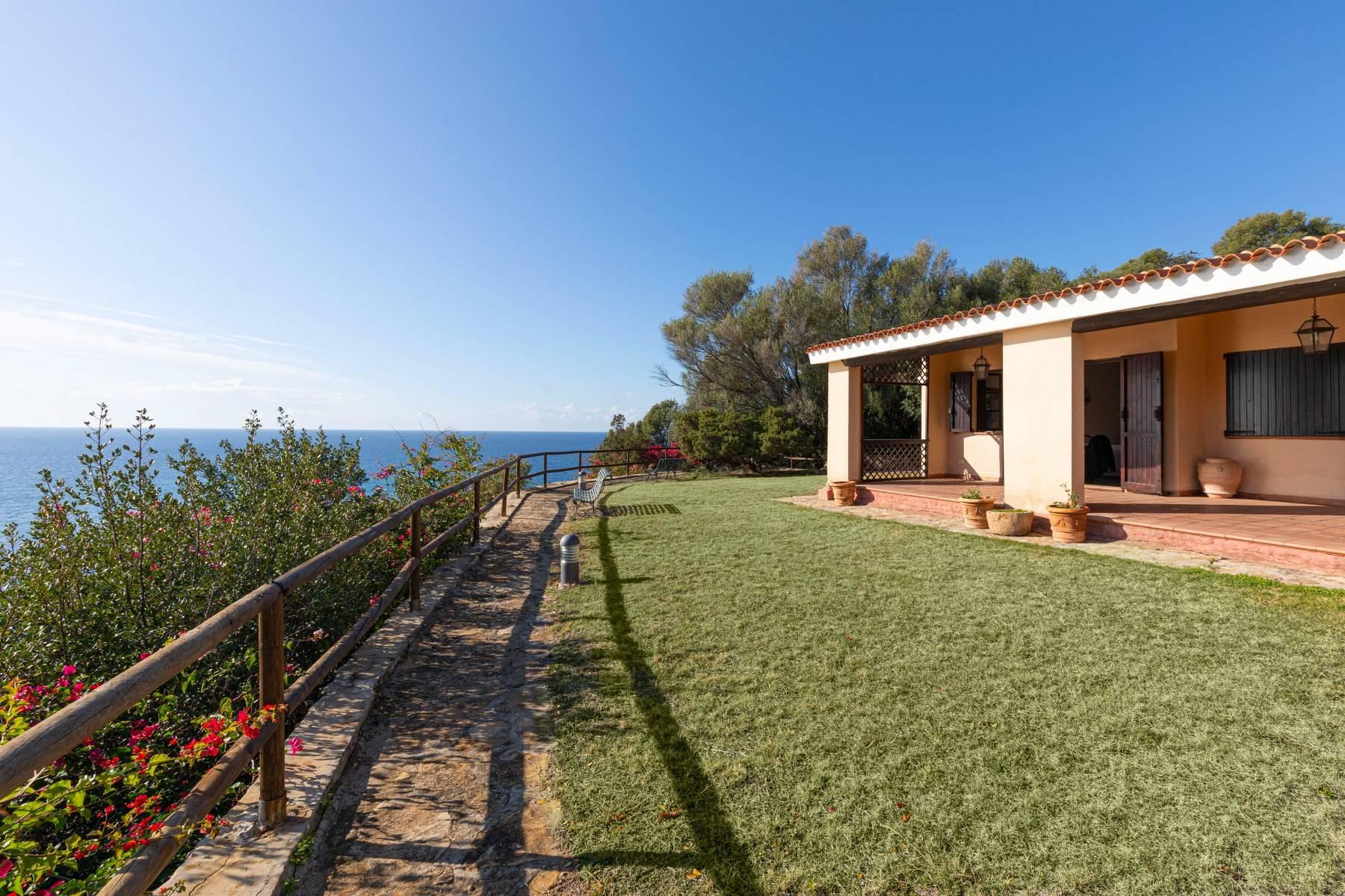 Villa in Vendita a Quartu Sant'Elena: 5 locali, 650 mq - Foto 12